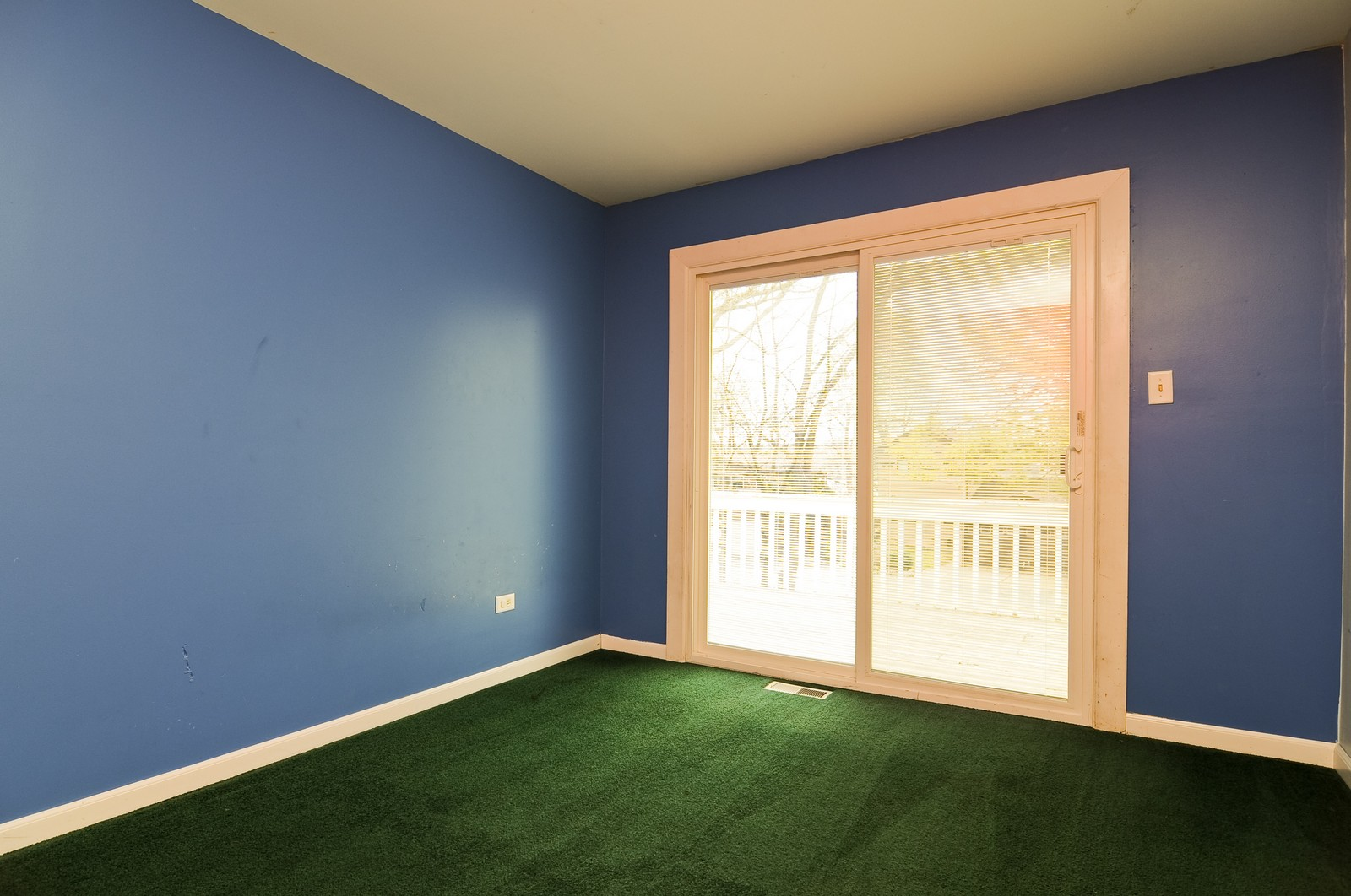 Real Estate Photography - 21800 W Lake Ave, Round Lake, IL, 60073 - 3rd Bedroom