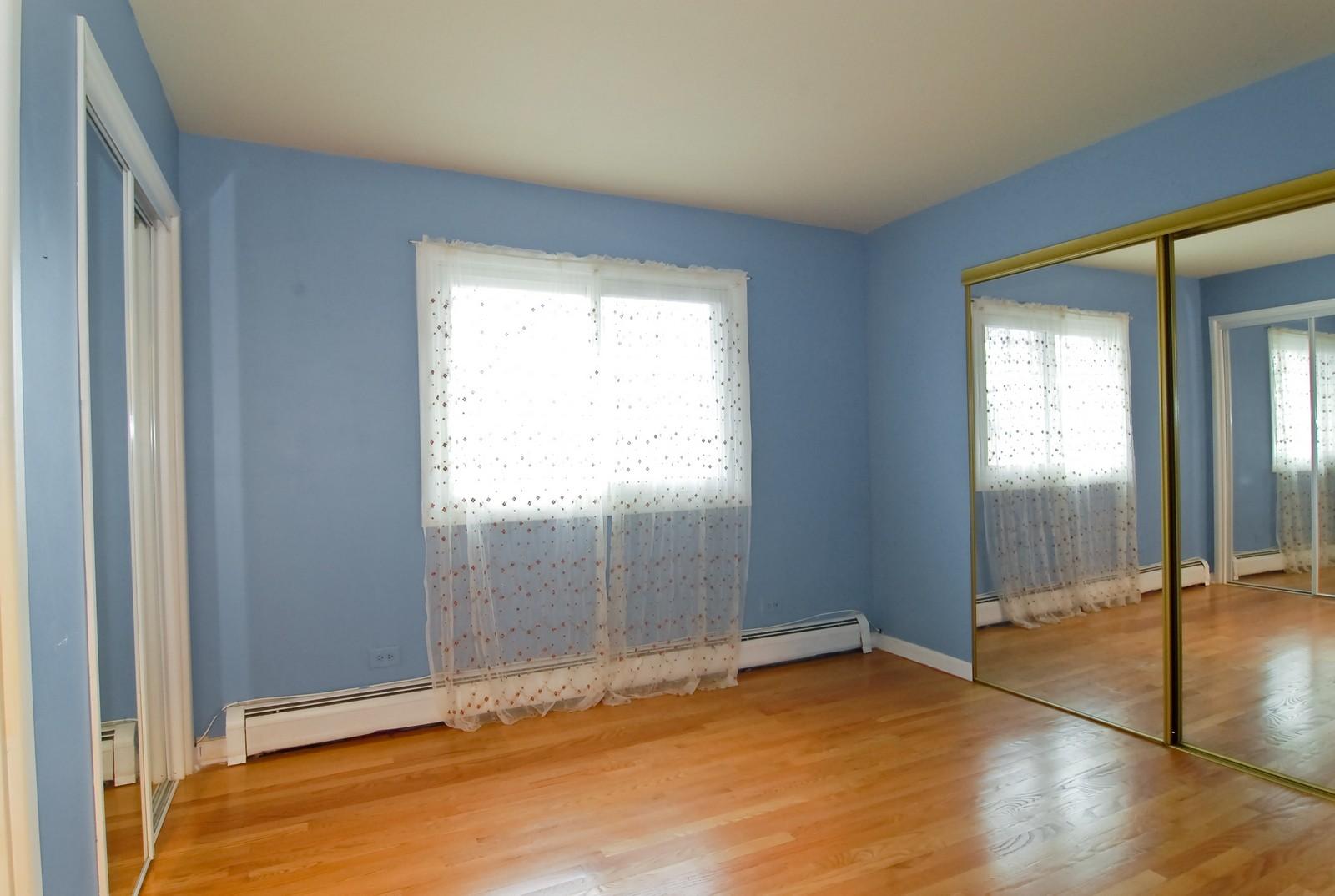 Real Estate Photography - 800 Washington Blvd, Unit 402, Oak Park, IL, 60302 - 2nd Bedroom