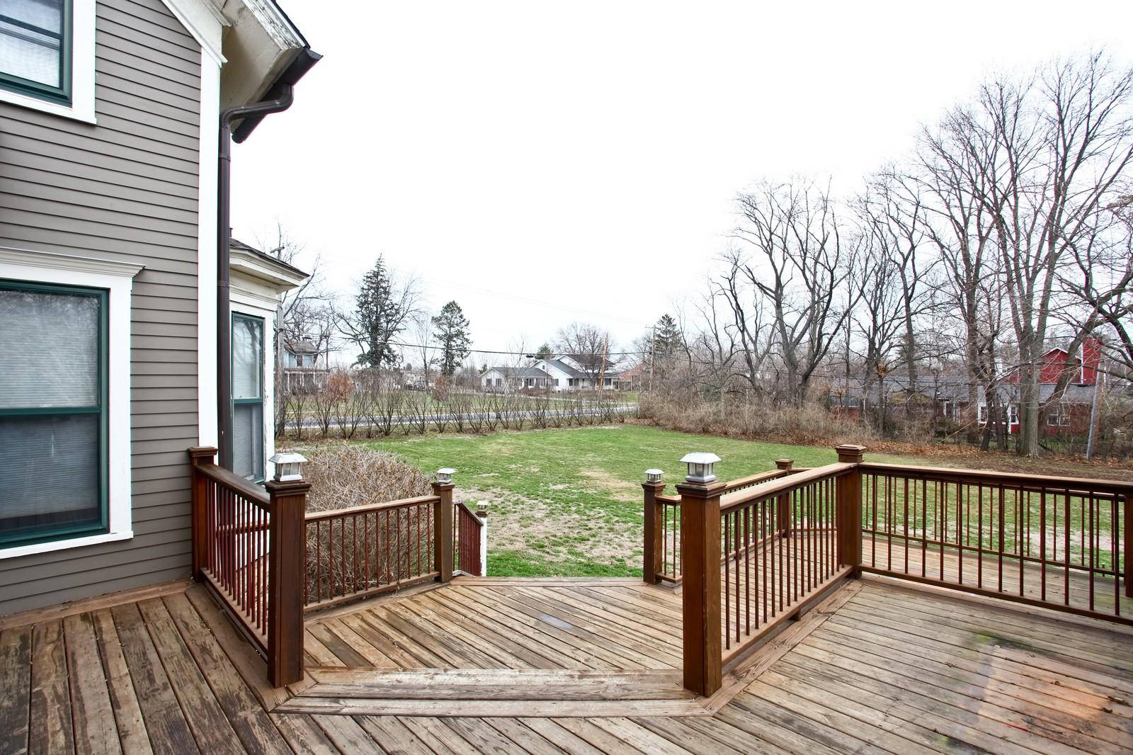 Real Estate Photography - 1126 Main St, Batavia, IL, 60510 - Deck
