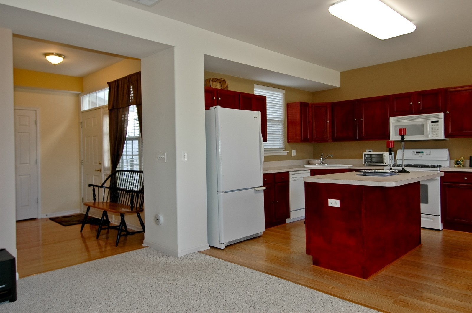 Real Estate Photography - 425 N Carlisle Ct, Round Lake, IL, 60073 - Kitchen