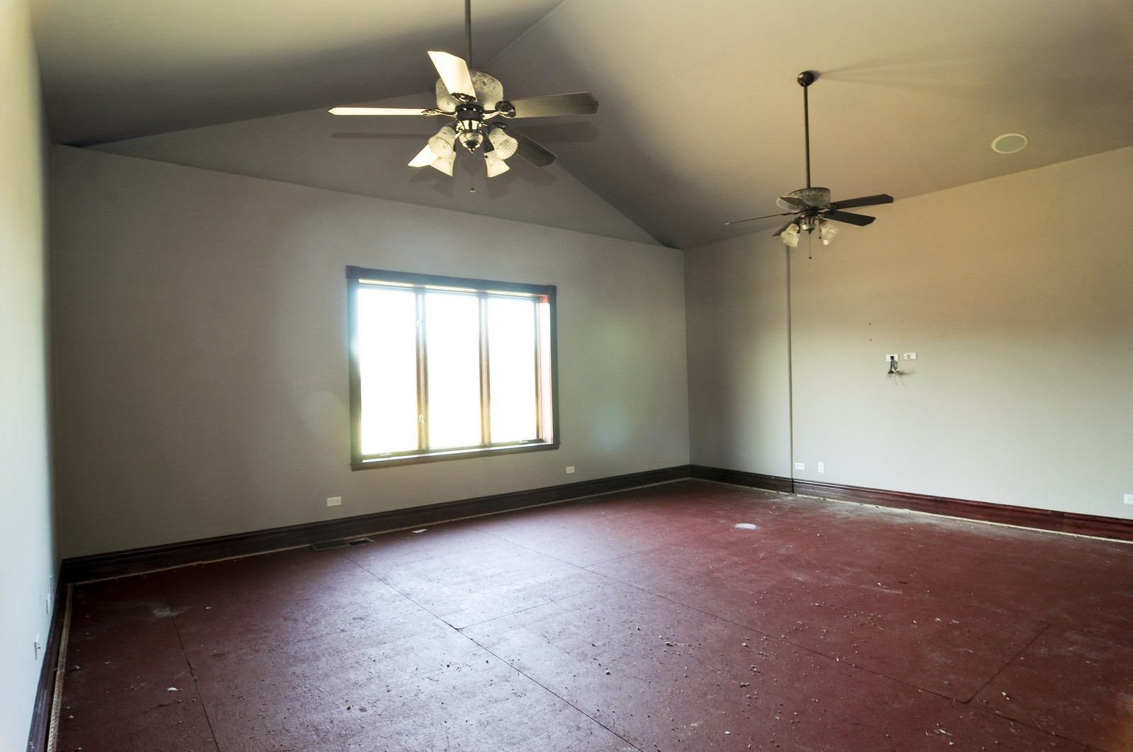 Real Estate Photography - 8 Raintree Place, Barrington Hills, IL, 60010 - Master Bedroom