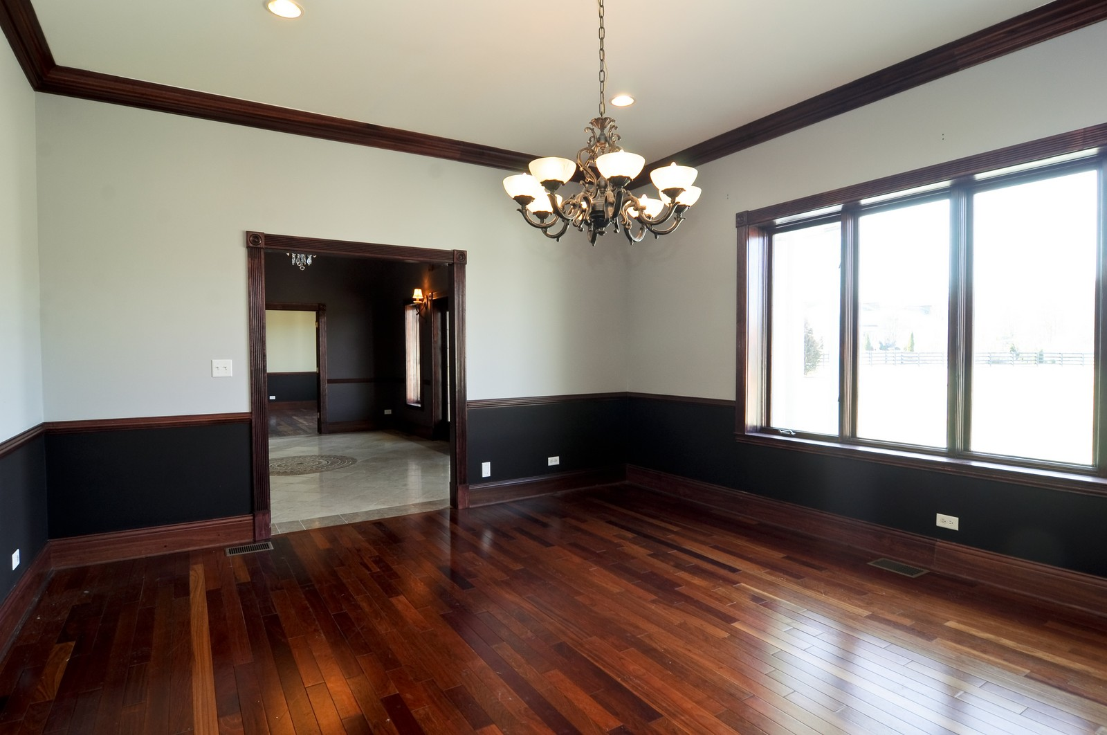 Real Estate Photography - 8 Raintree Place, Barrington Hills, IL, 60010 - Dining Room