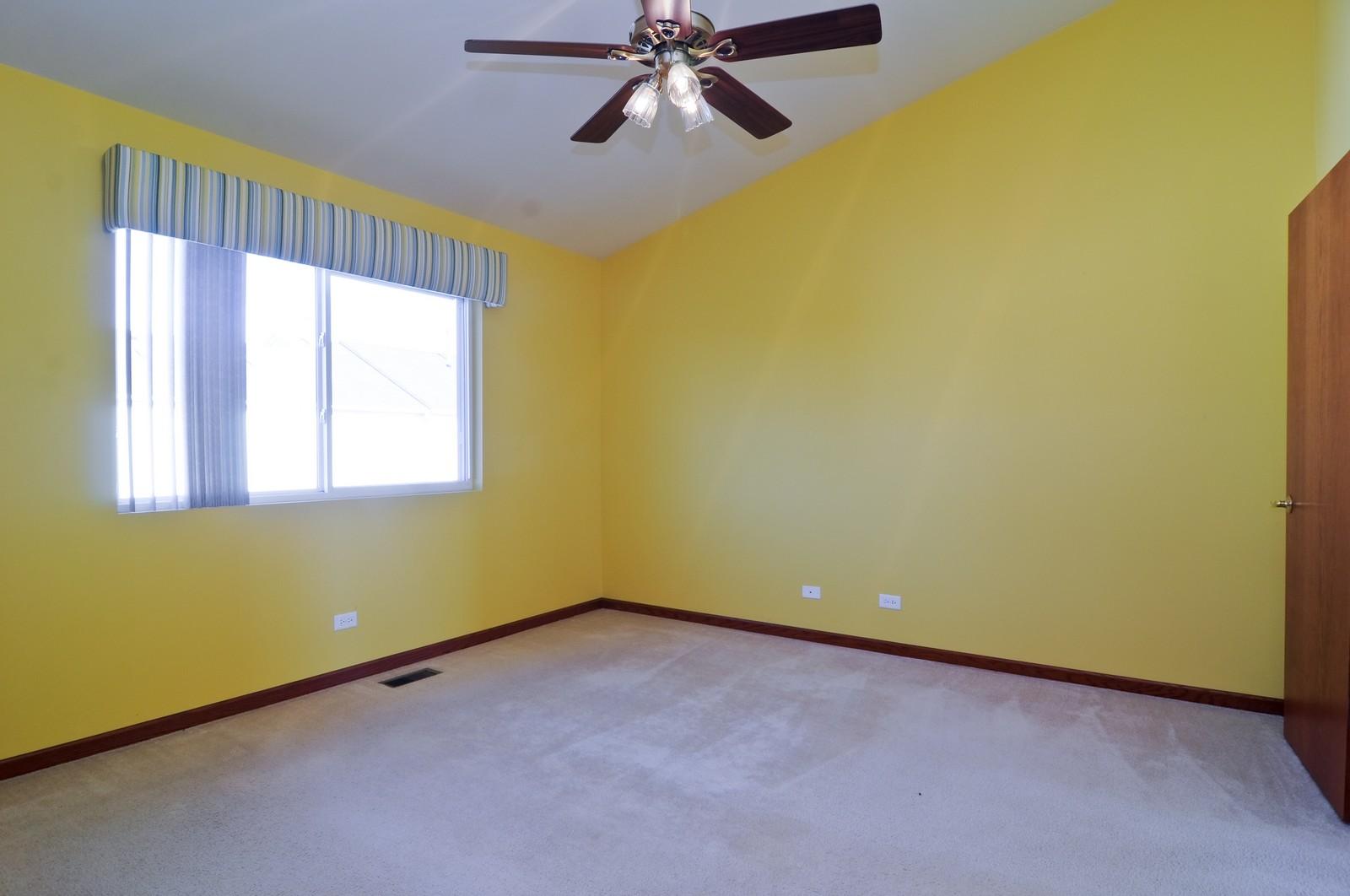 Real Estate Photography - 346 Terra Cir, Fox Lake, IL, 60020 - Master Bedroom
