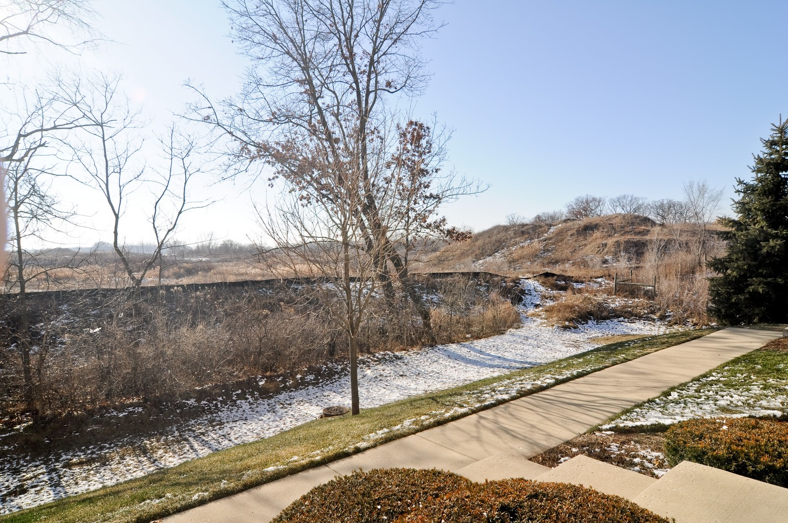 Real Estate Photography - 346 Terra Cir, Fox Lake, IL, 60020 - View