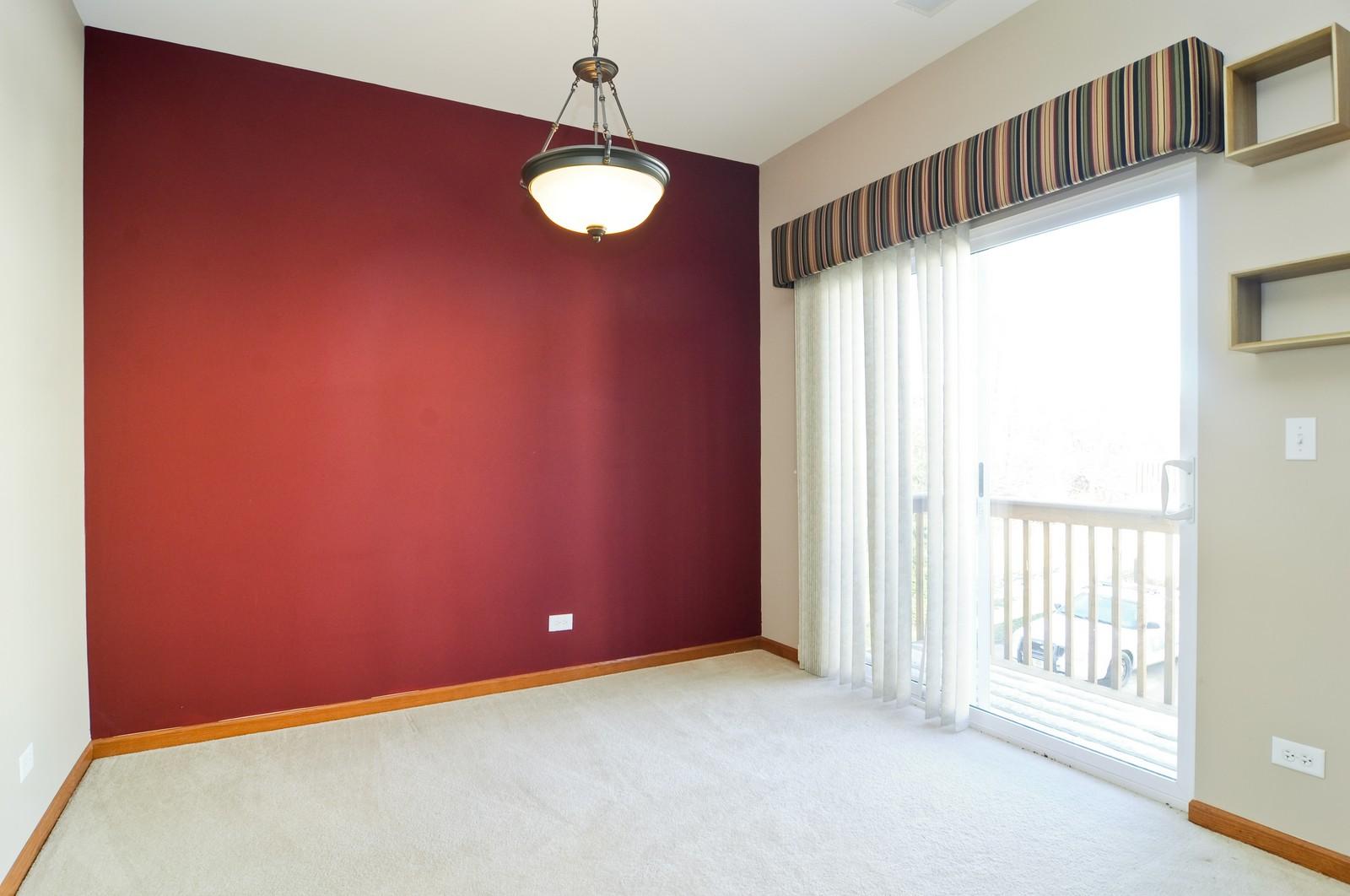 Real Estate Photography - 346 Terra Cir, Fox Lake, IL, 60020 - Dining Room
