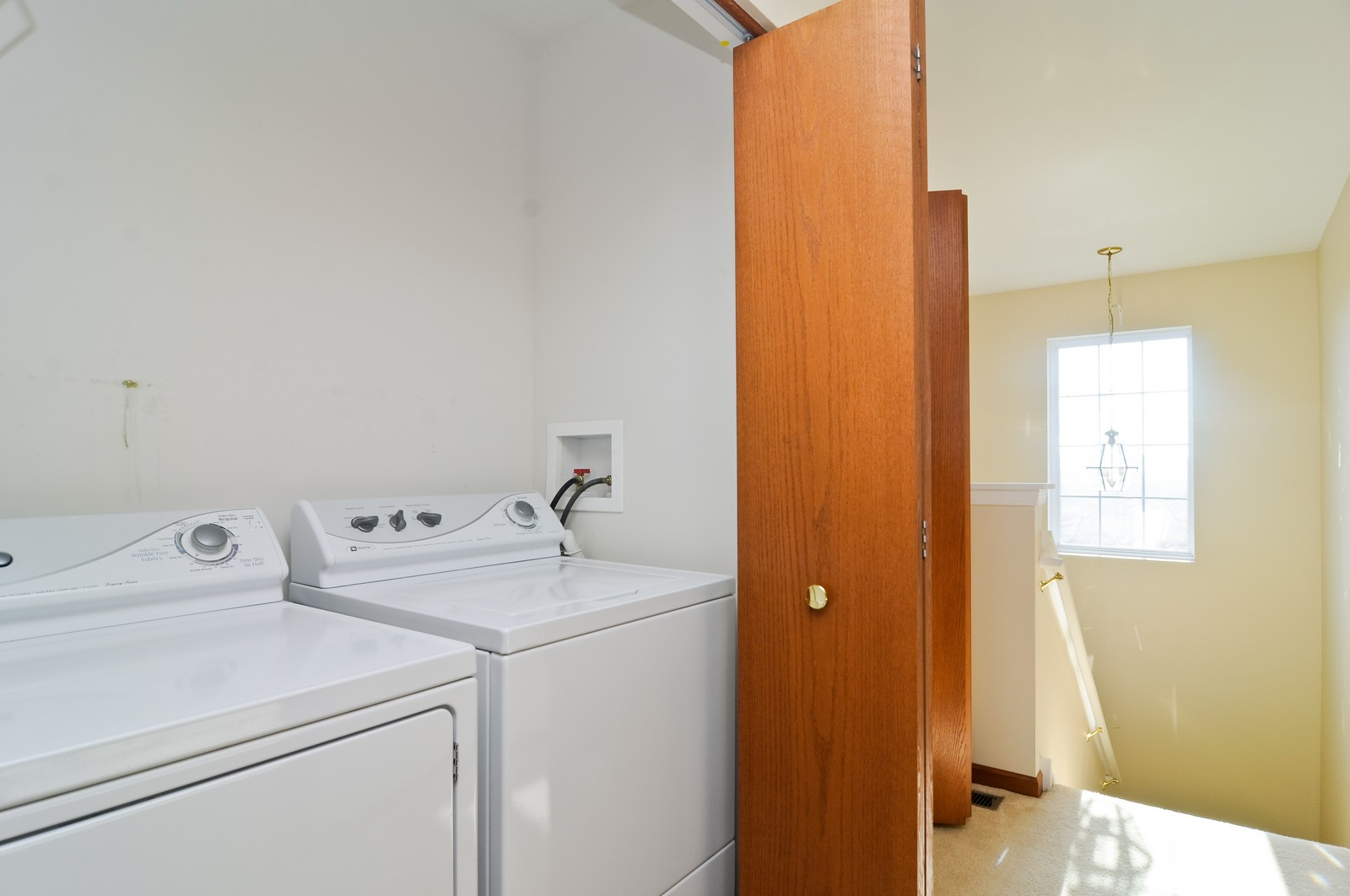 Real Estate Photography - 346 Terra Cir, Fox Lake, IL, 60020 - Laundry Room