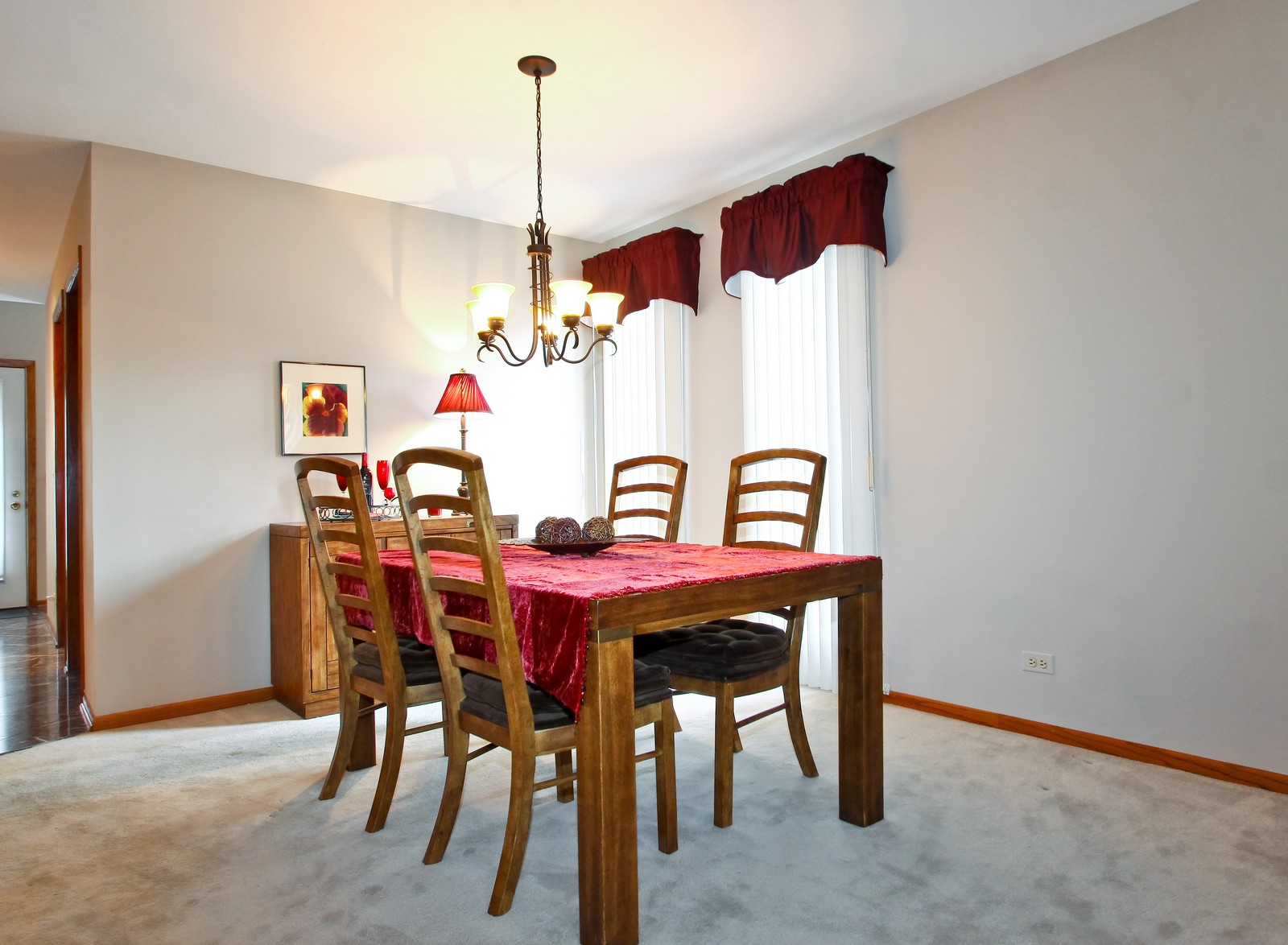 Real Estate Photography - 1013 Rene Ct, Park Ridge, IL, 60068 - Dining Room
