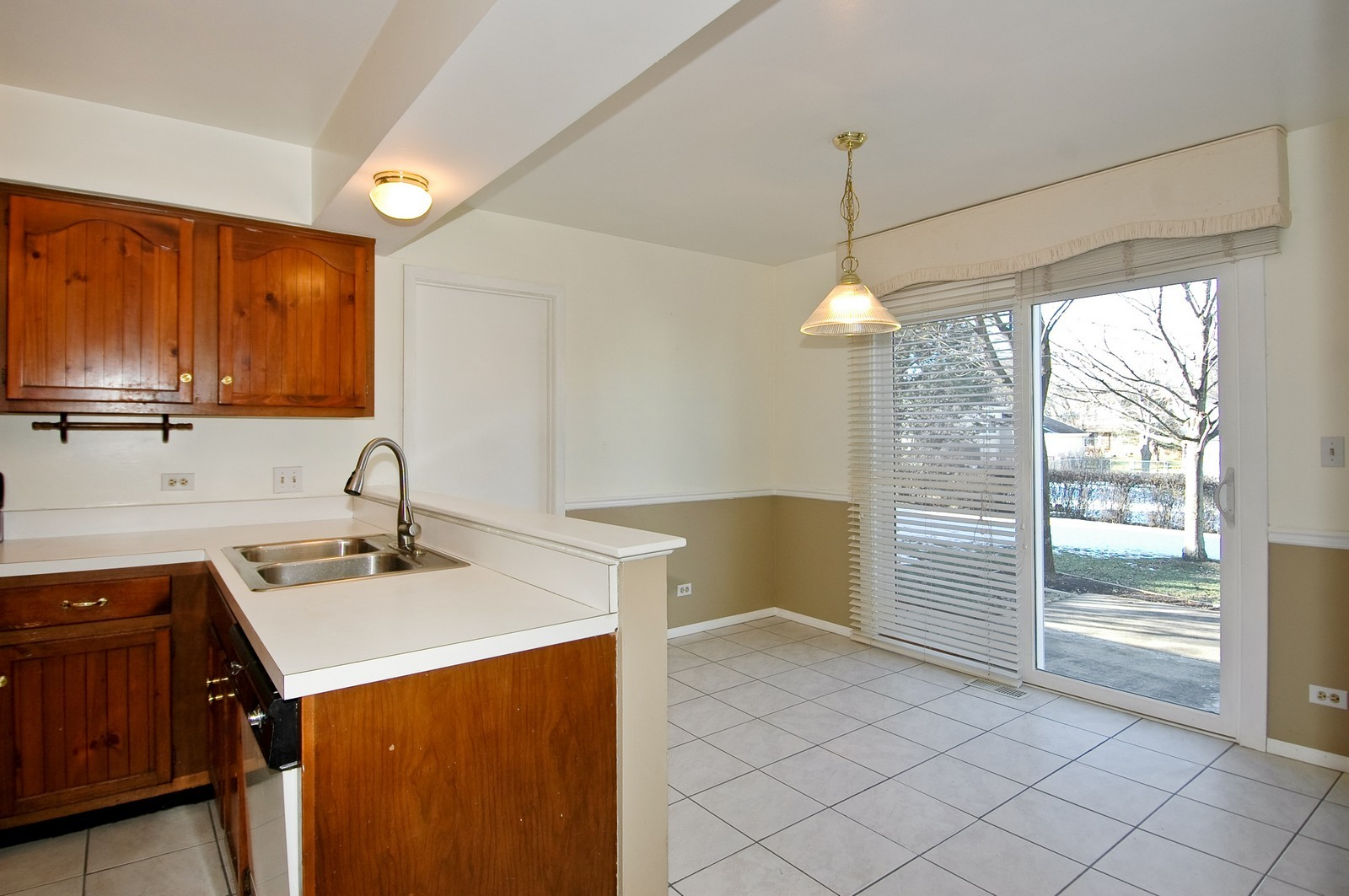 Real Estate Photography - 756 Harvest Dr, Lake Zurich, IL, 60047 - Kitchen