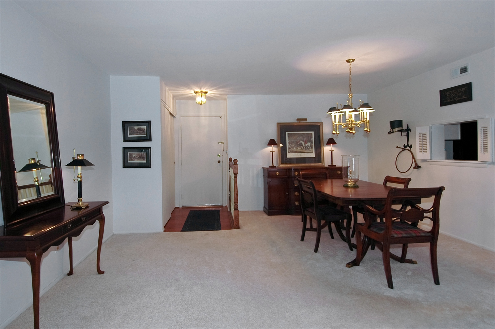 Real Estate Photography - 740 St Andrews Lane, Unit 24, Crystal Lake, IL, 60014 - Foyer/Living Room