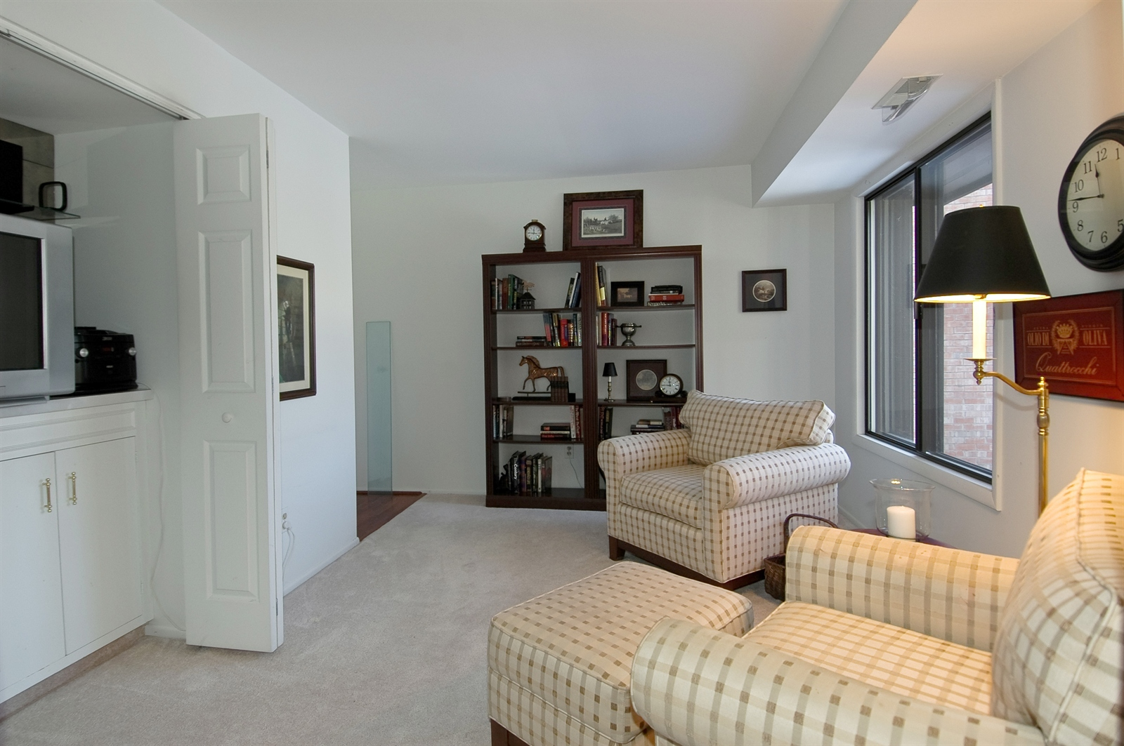 Real Estate Photography - 740 St Andrews Lane, Unit 24, Crystal Lake, IL, 60014 - Den