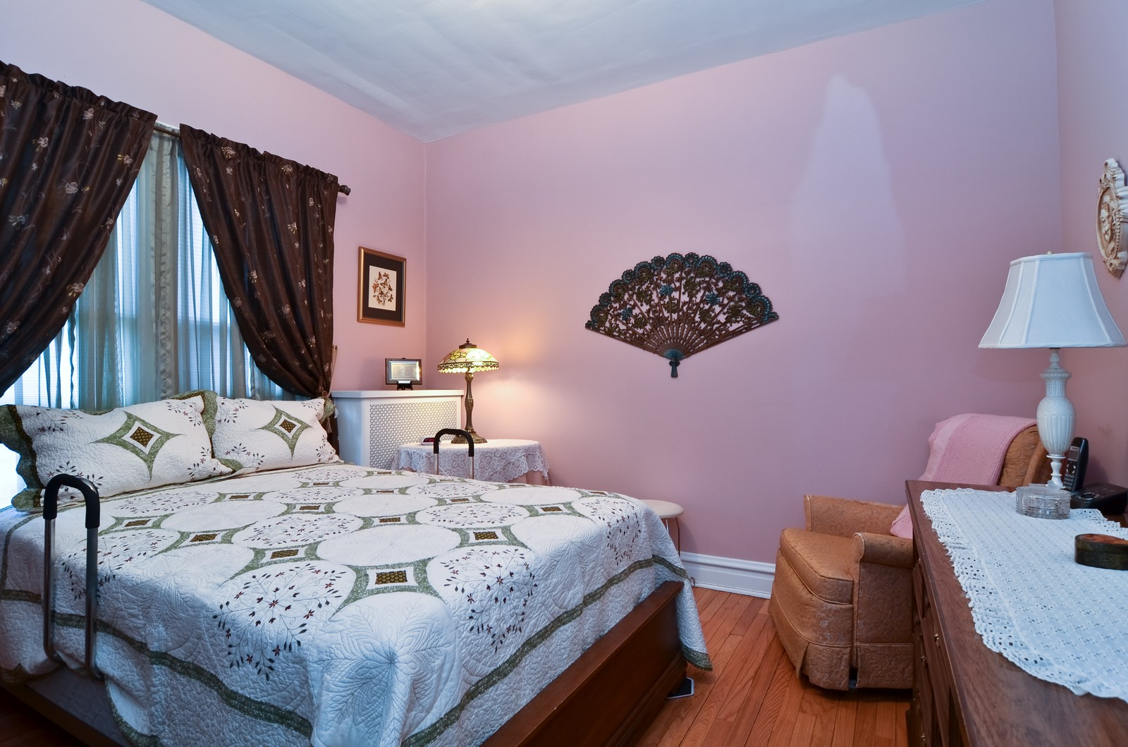 Real Estate Photography - 4808 W Gunnison, Chicago, IL, 60630 - Master Bedroom
