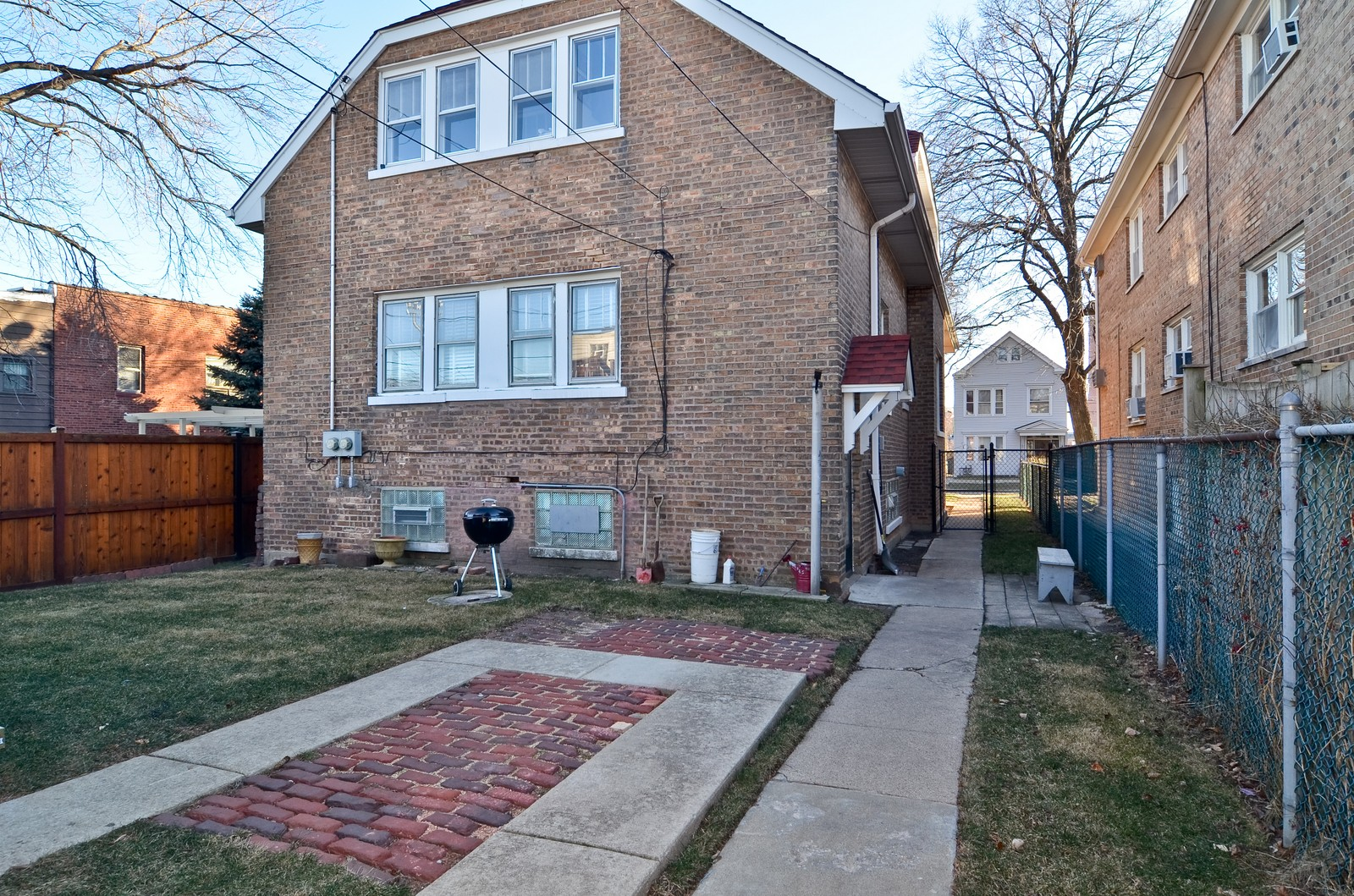 Real Estate Photography - 4808 W Gunnison, Chicago, IL, 60630 - Back Yard