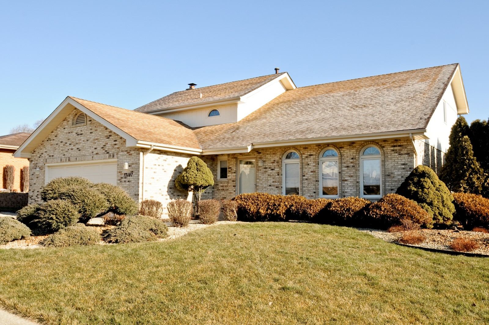 Real Estate Photography - 17197 Winding Creek Dr, Orland Park, IL, 60467 - Front View