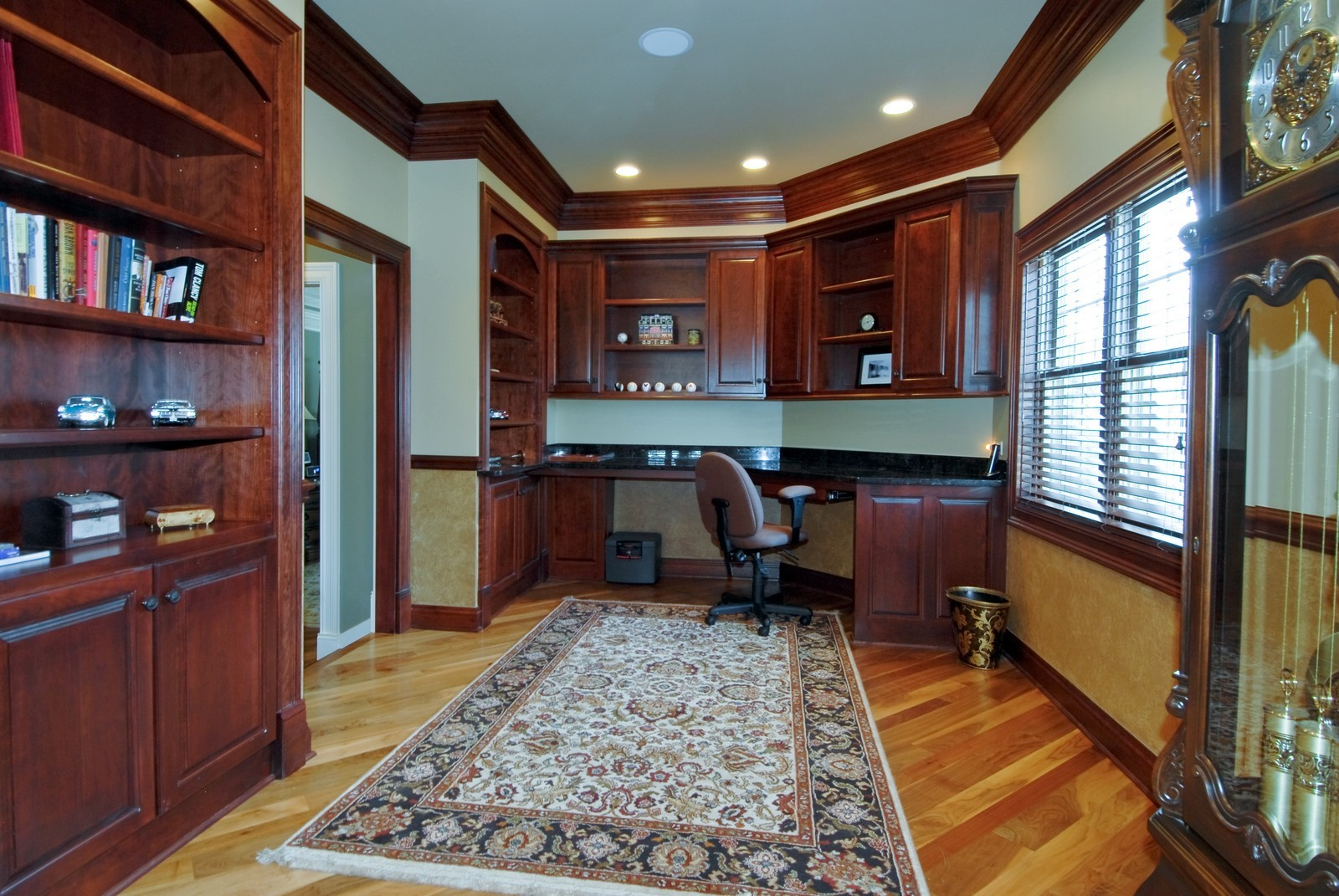 Real Estate Photography - 729 Wellner Dr, Naperville, IL, 60540 - Office