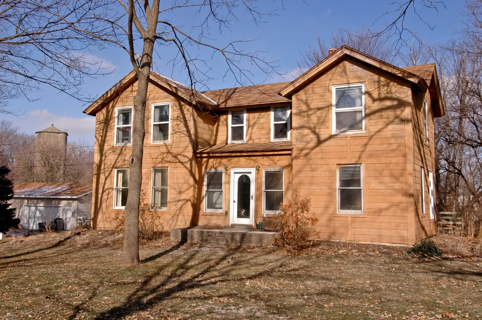 Real Estate Photography - 6714 Barnard Mill Road, Ringwood, IL, 60072 - Front View