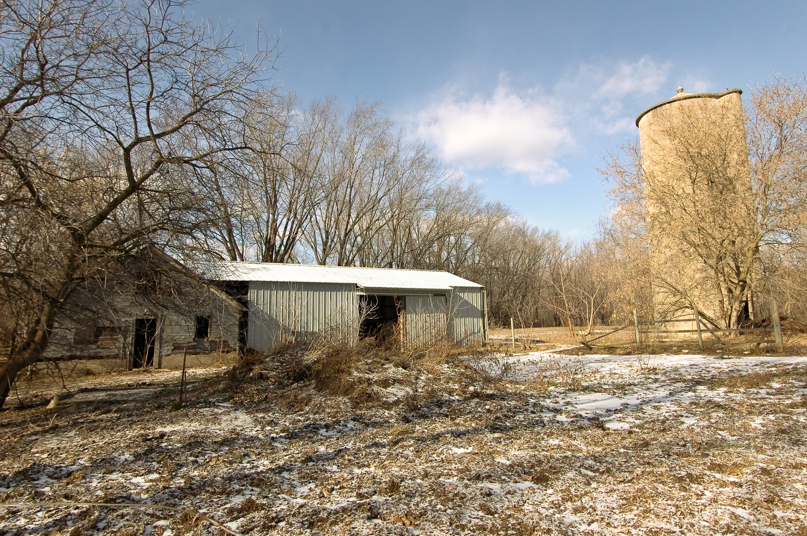 Real Estate Photography - 6714 Barnard Mill Road, Ringwood, IL, 60072 - Barn