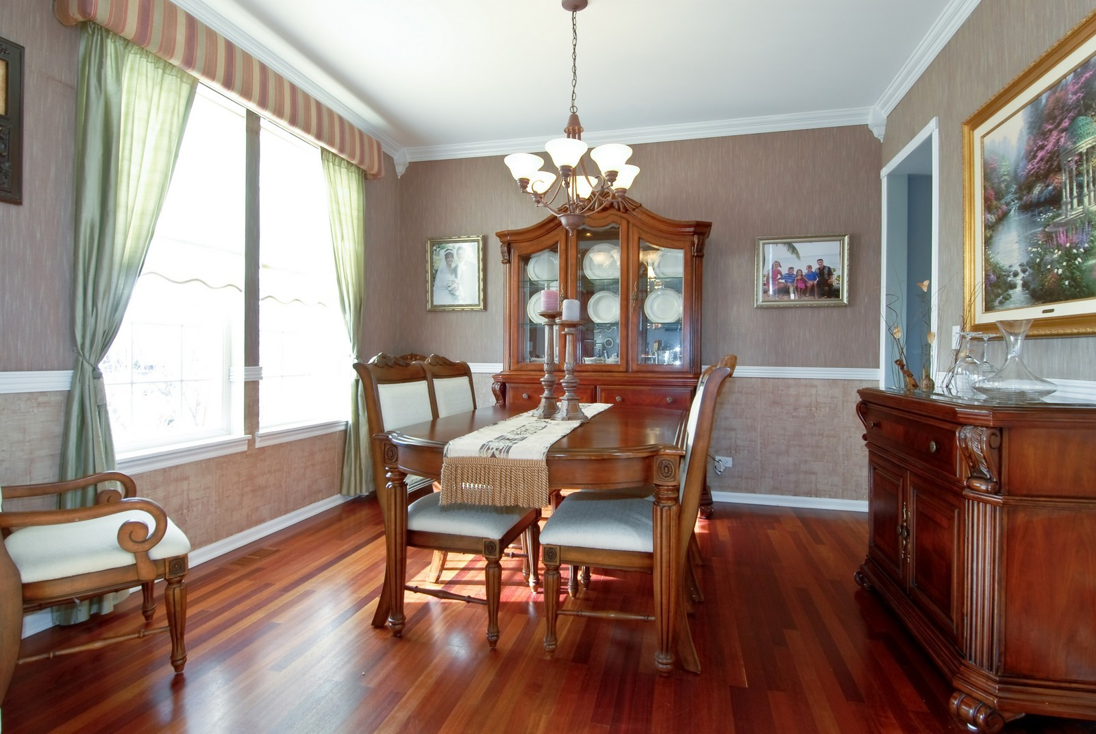 Real Estate Photography - 12959 Stockton Ave, Plainfield, IL, 60585 - Dining Room
