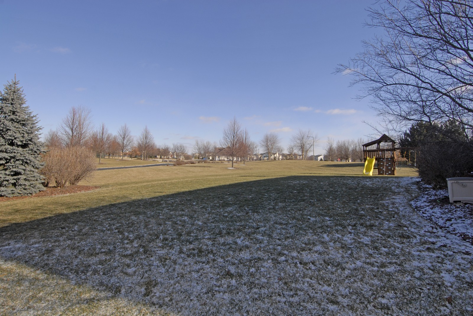 Real Estate Photography - 12959 Stockton Ave, Plainfield, IL, 60585 - Back Yard