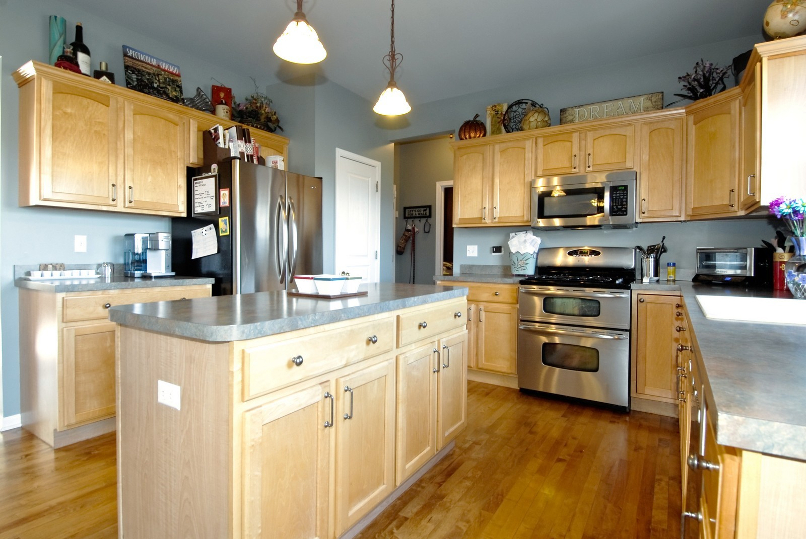Real Estate Photography - 12959 Stockton Ave, Plainfield, IL, 60585 - Kitchen