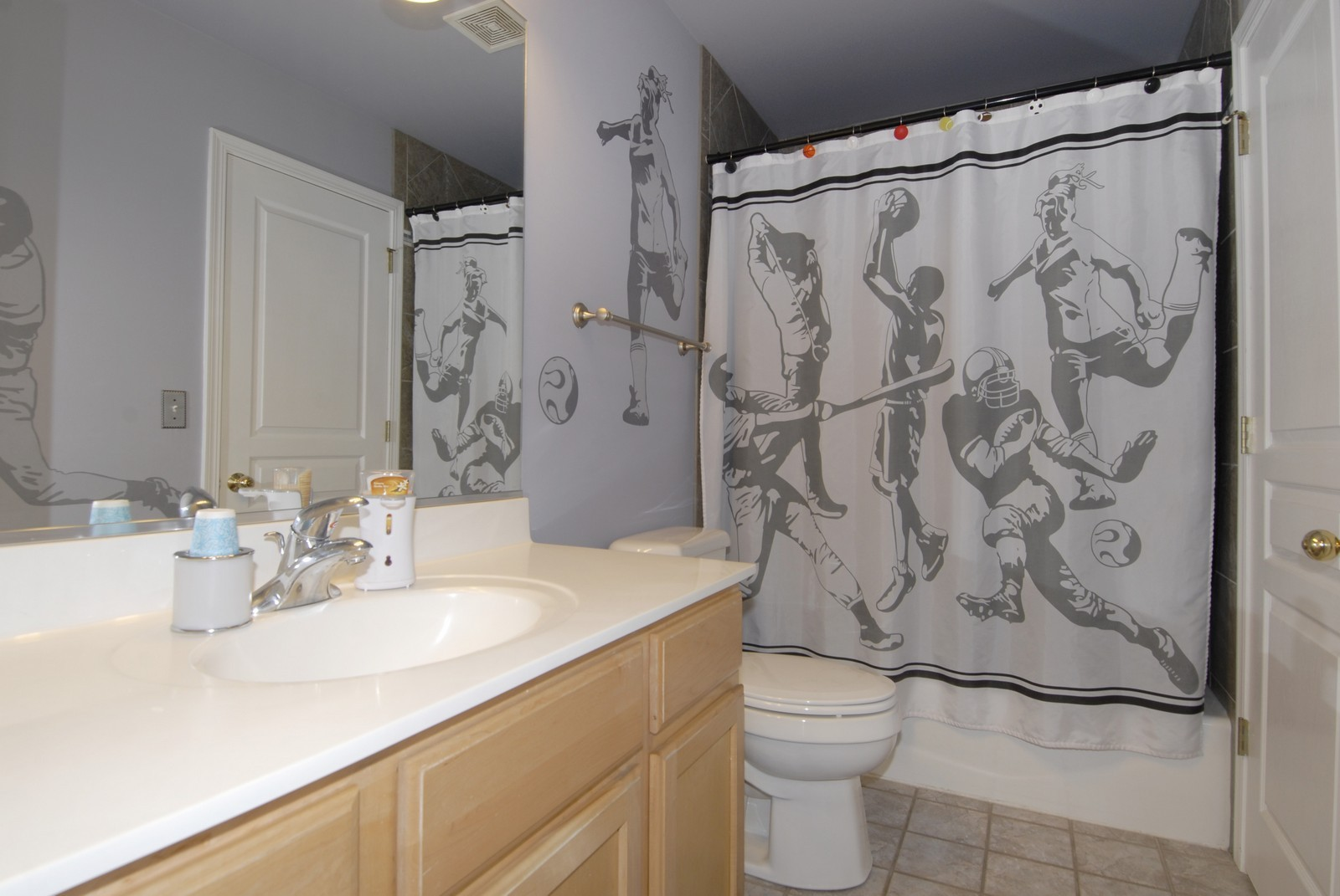Real Estate Photography - 12959 Stockton Ave, Plainfield, IL, 60585 - Bathroom