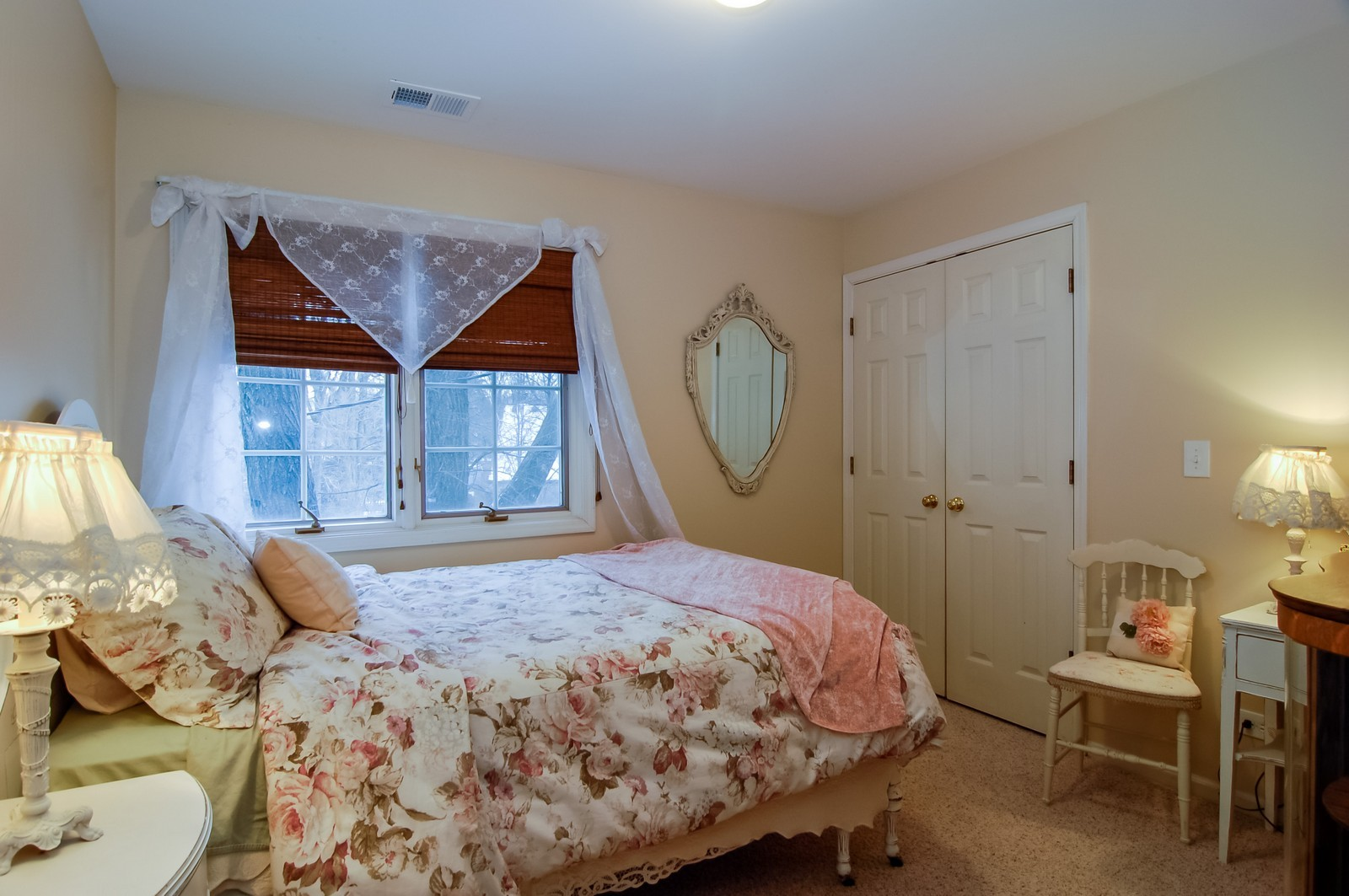 Real Estate Photography - 360 Bloomingdale Rd, Itasca, IL, 60143 - Guest Bedroom