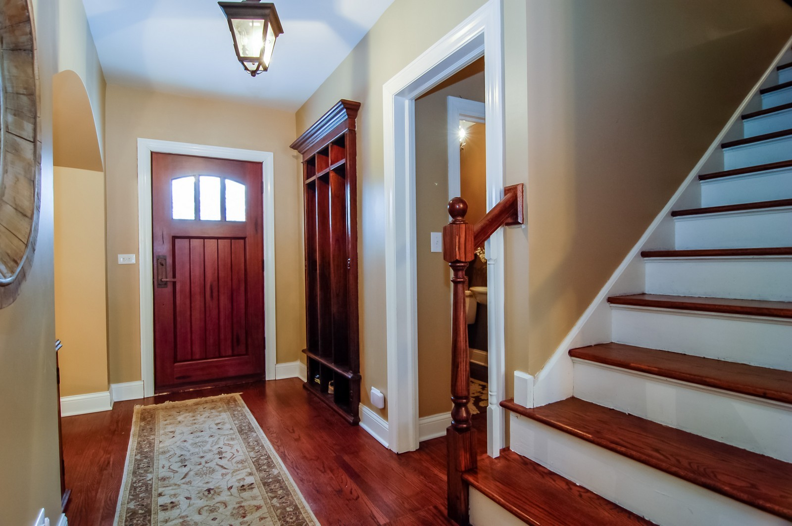 Real Estate Photography - 360 Bloomingdale Rd, Itasca, IL, 60143 - Foyer