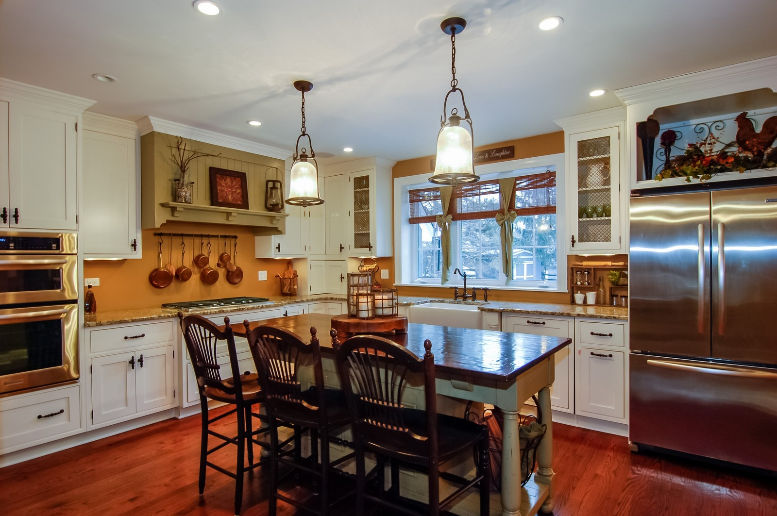 Real Estate Photography - 360 Bloomingdale Rd, Itasca, IL, 60143 - Kitchen