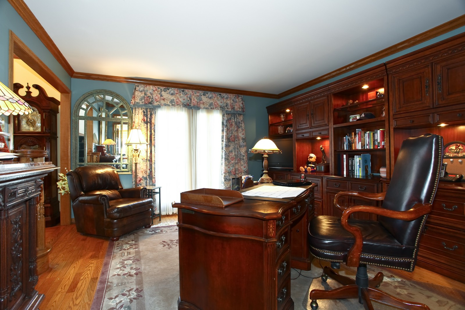 Real Estate Photography - 1032 Royal Bombay Court, Naperville, IL, 60563 - Office