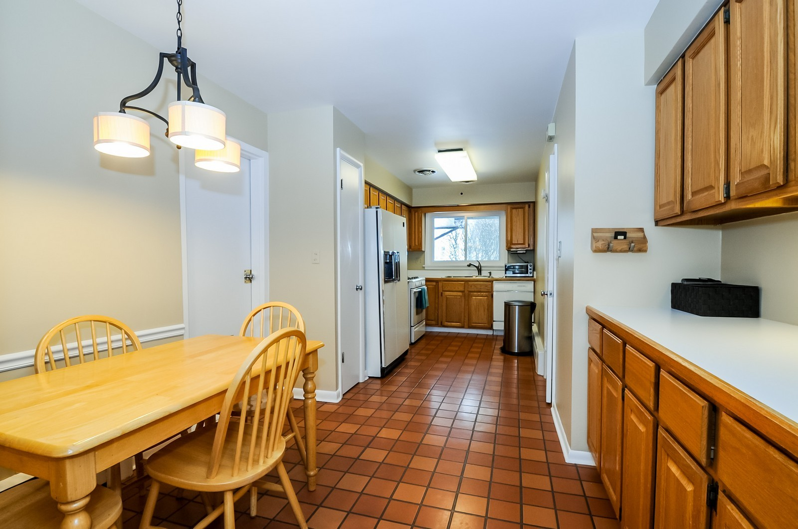 Real Estate Photography - 734 Marion Ave, Highland Park, IL, 60035 - Kitchen