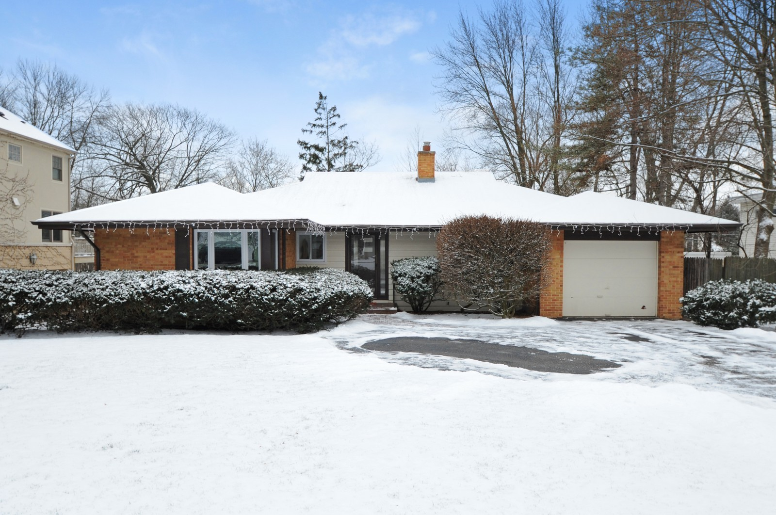 Real Estate Photography - 734 Marion Ave, Highland Park, IL, 60035 - Front View