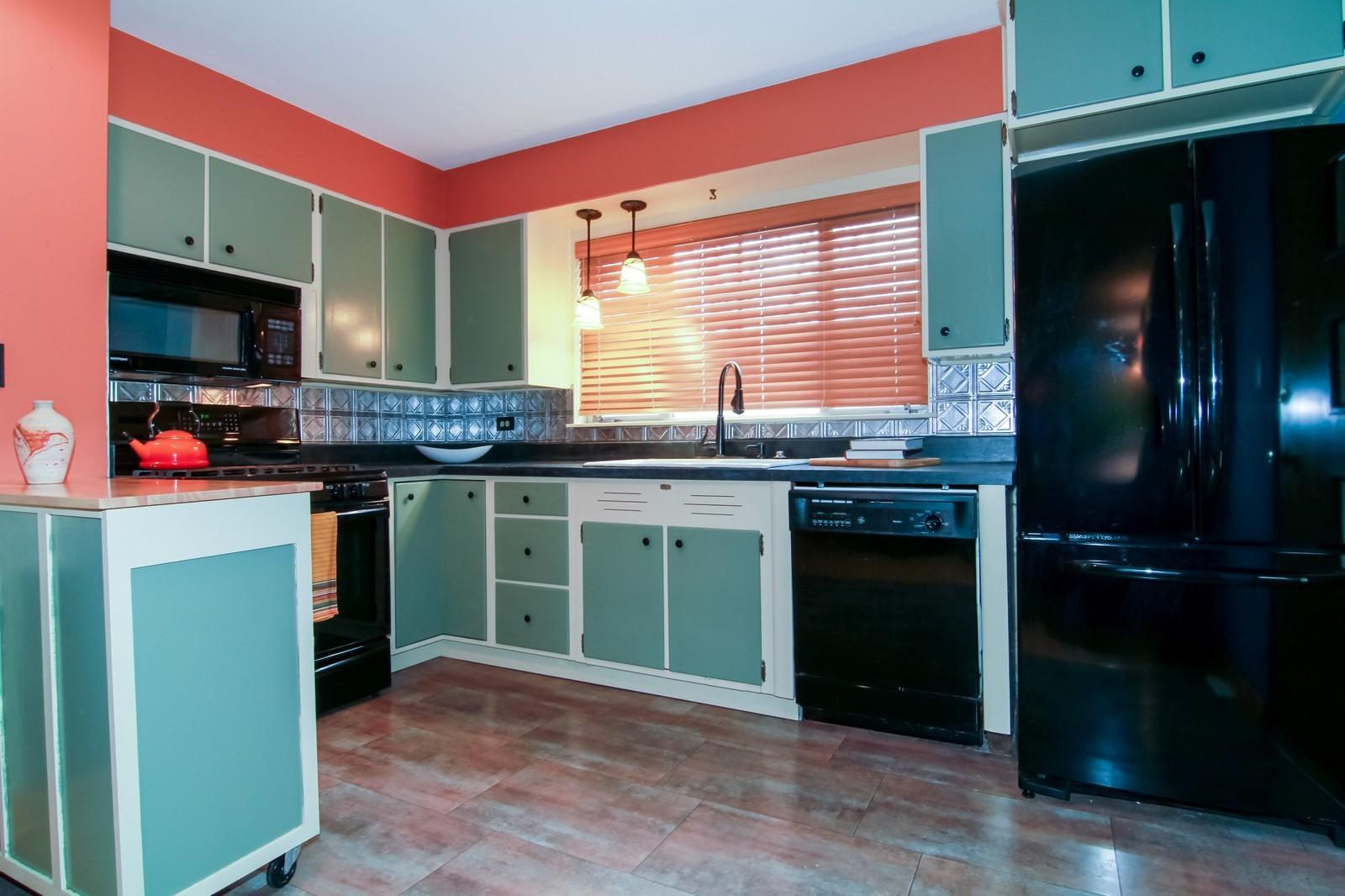 Real Estate Photography - 221 E Burlington Street, Riverside, IL, 60546 - Kitchen