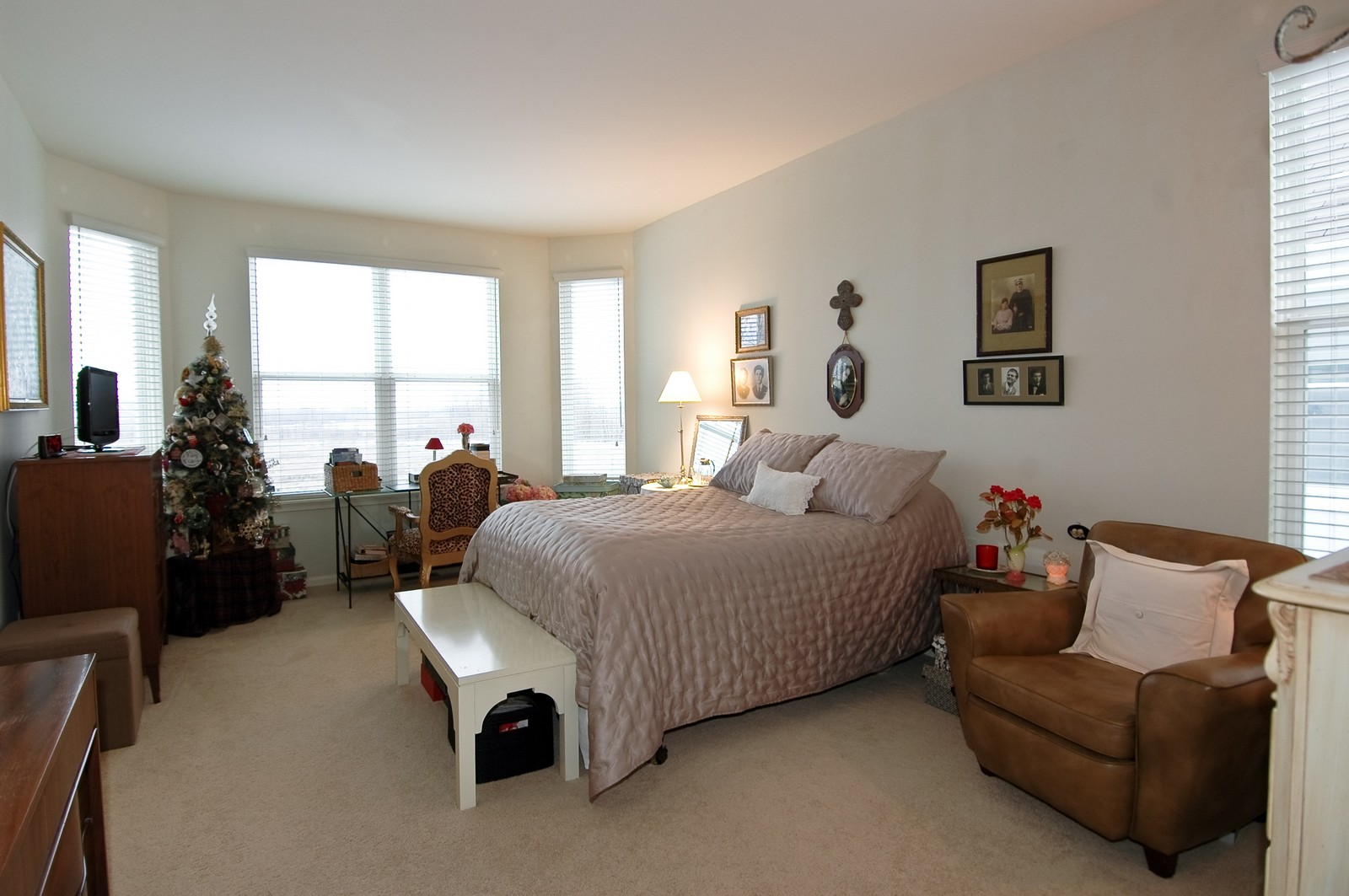 Real Estate Photography - 12610 Oak Grove Dr, Huntley, IL, 60142 - Master Bedroom