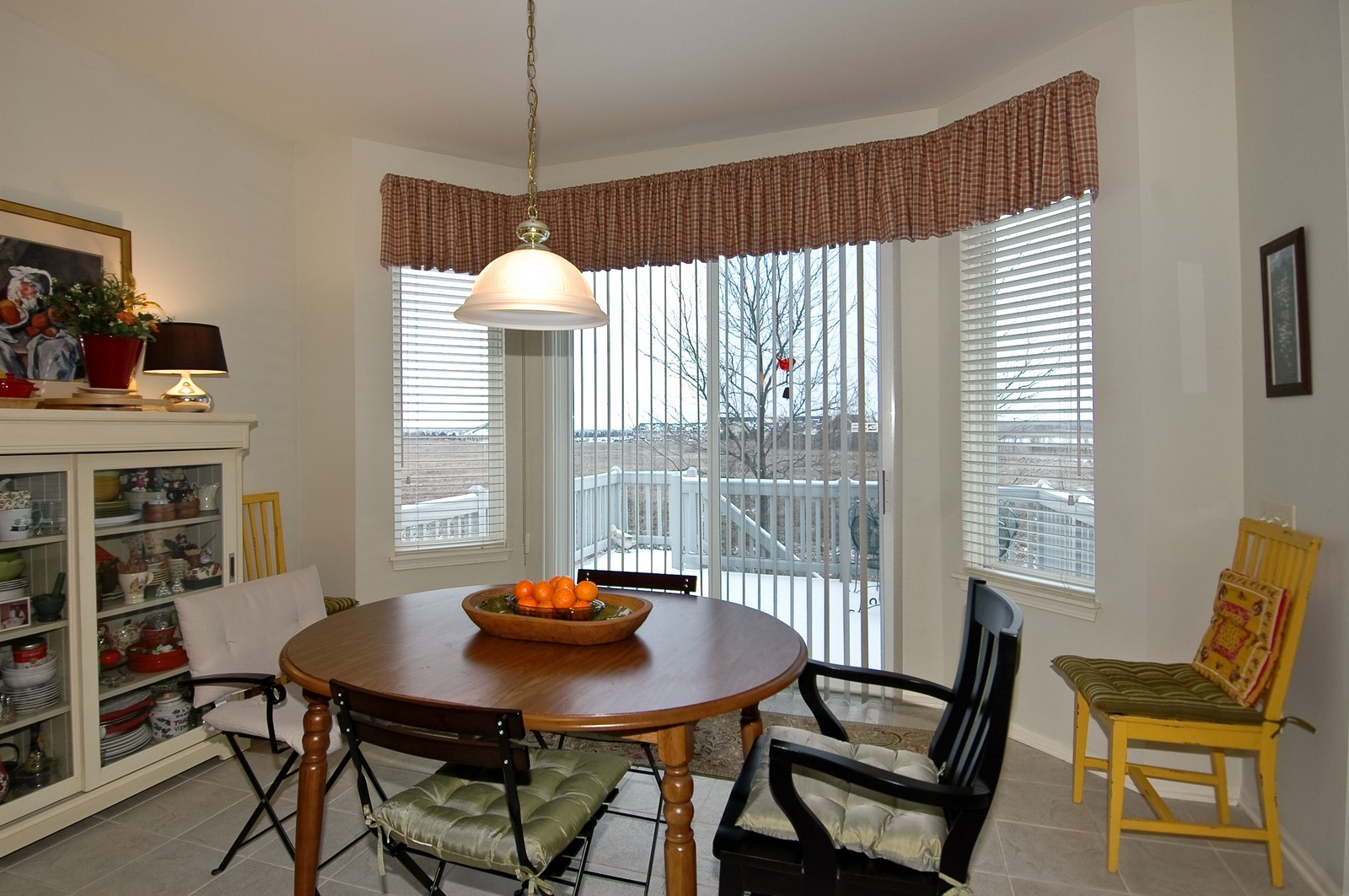 Real Estate Photography - 12610 Oak Grove Dr, Huntley, IL, 60142 - Dining Area