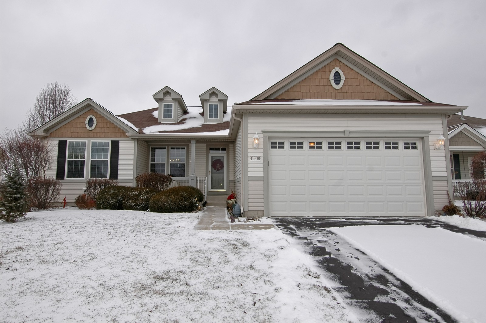 Real Estate Photography - 12610 Oak Grove Dr, Huntley, IL, 60142 - Front View