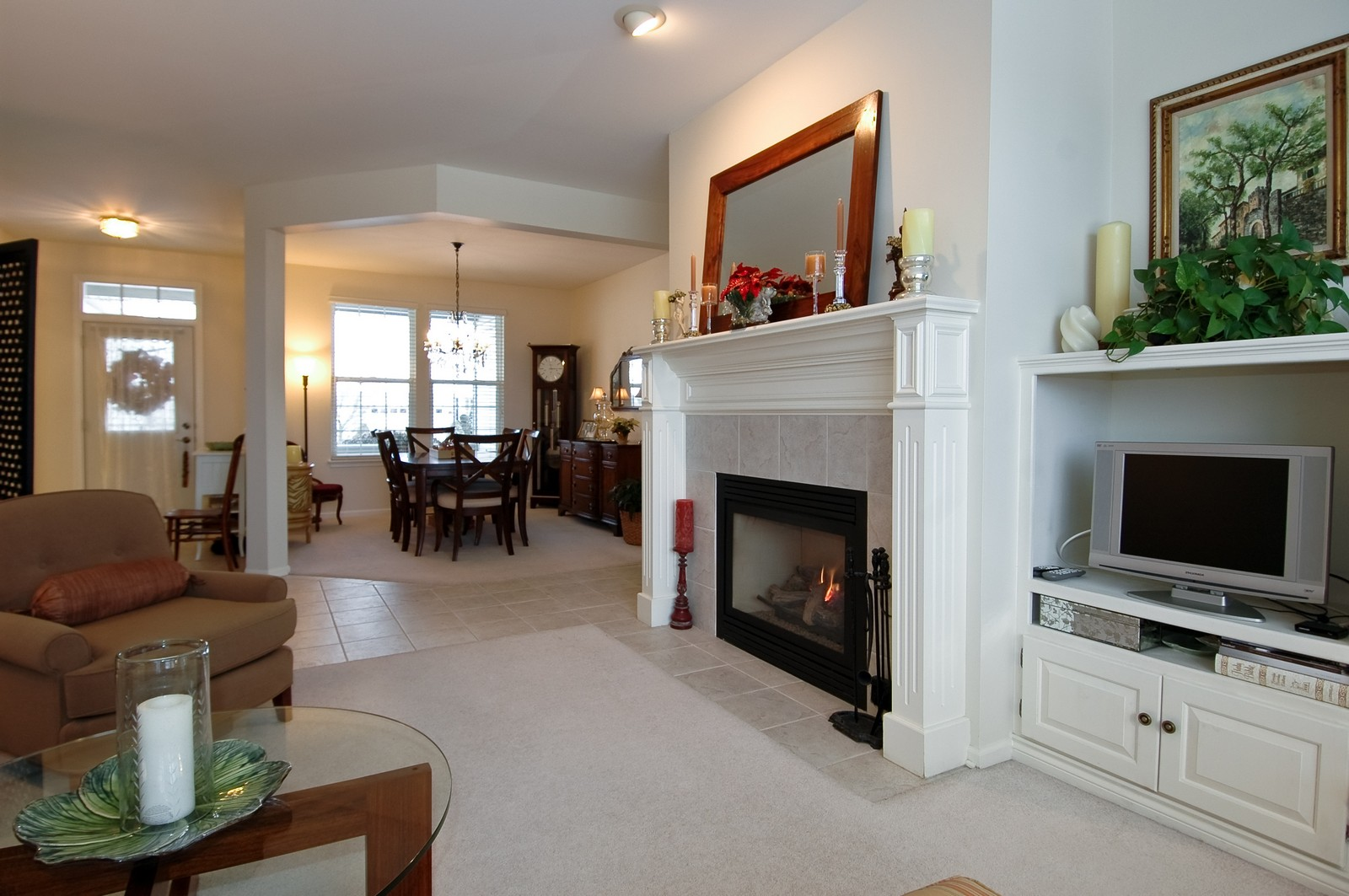 Real Estate Photography - 12610 Oak Grove Dr, Huntley, IL, 60142 - Living Room / Dining Room
