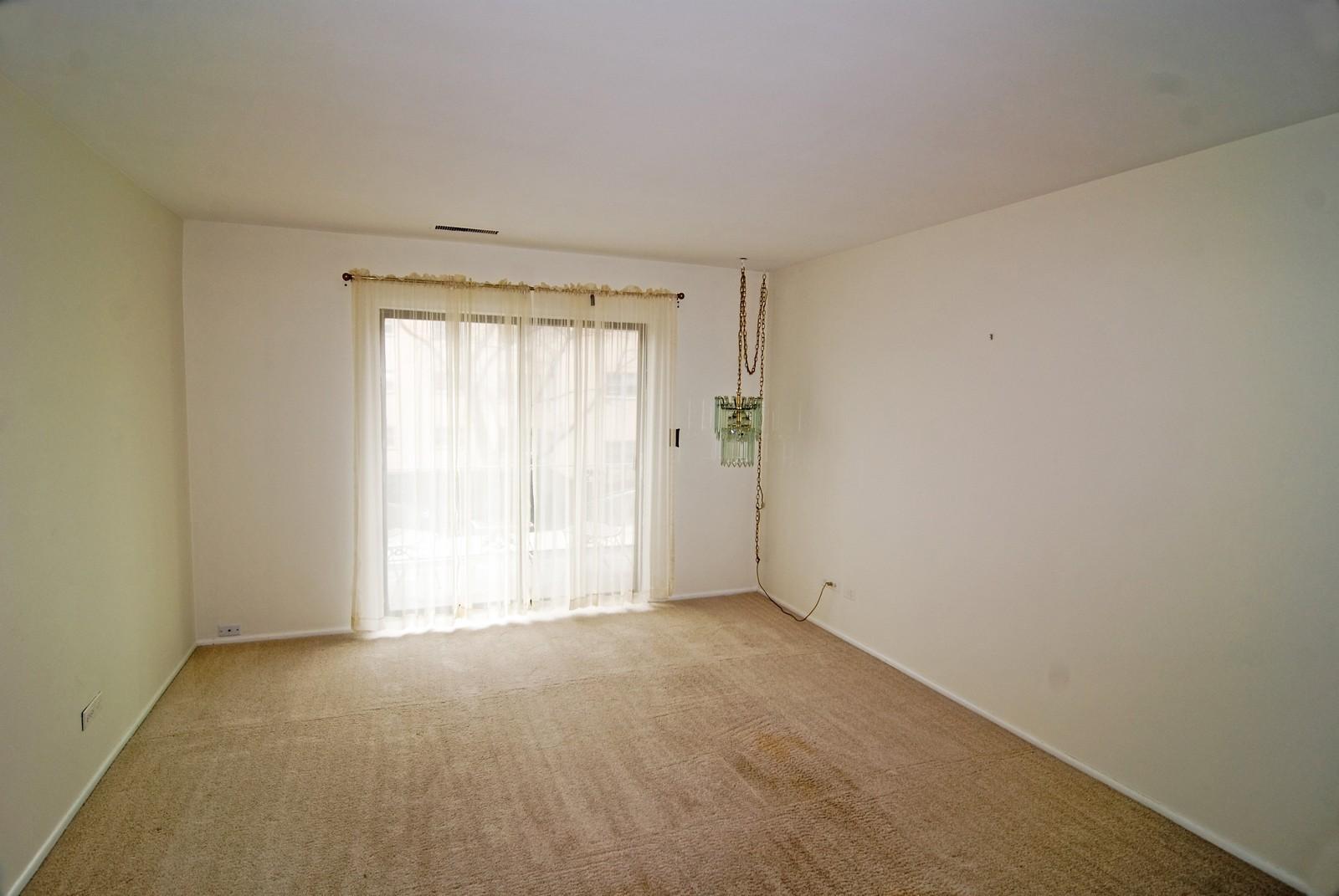 Real Estate Photography - 7904 W North Ave, Unit 303E, Elmwood Park, IL, 60707 - Living Room