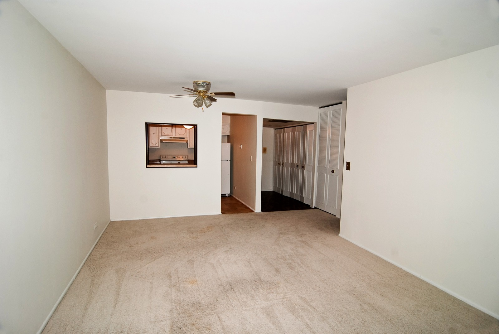 Real Estate Photography - 7904 W North Ave, Unit 303E, Elmwood Park, IL, 60707 - Living Room / Dining Room