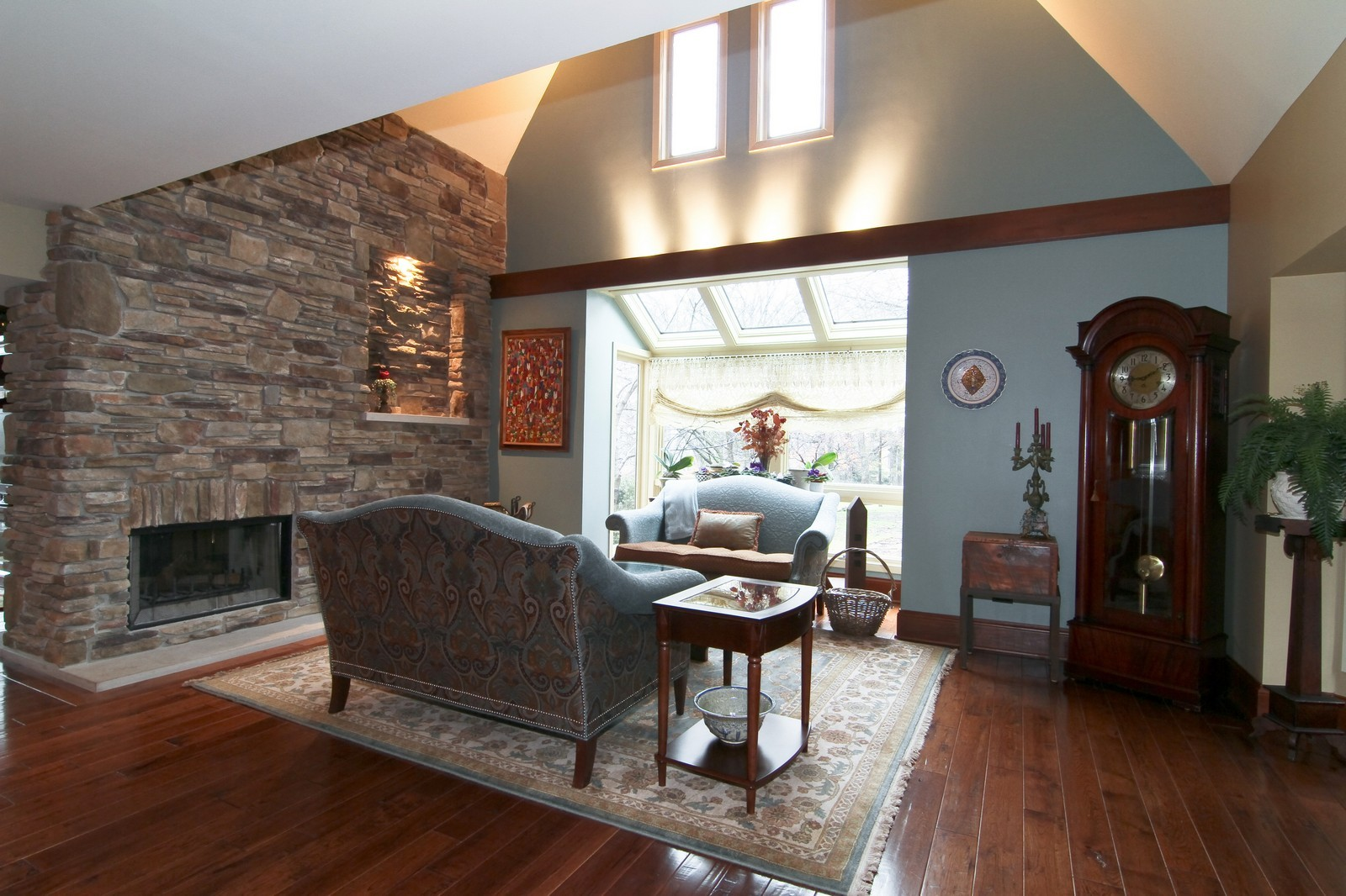 Real Estate Photography - 1160 Mistwood Ln, Downers Grove, IL, 60515 - Living Room