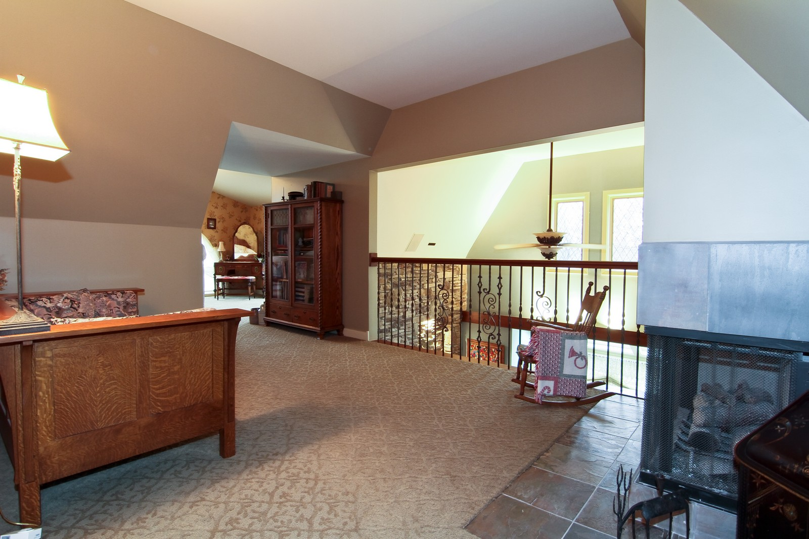 Real Estate Photography - 1160 Mistwood Ln, Downers Grove, IL, 60515 - Loft