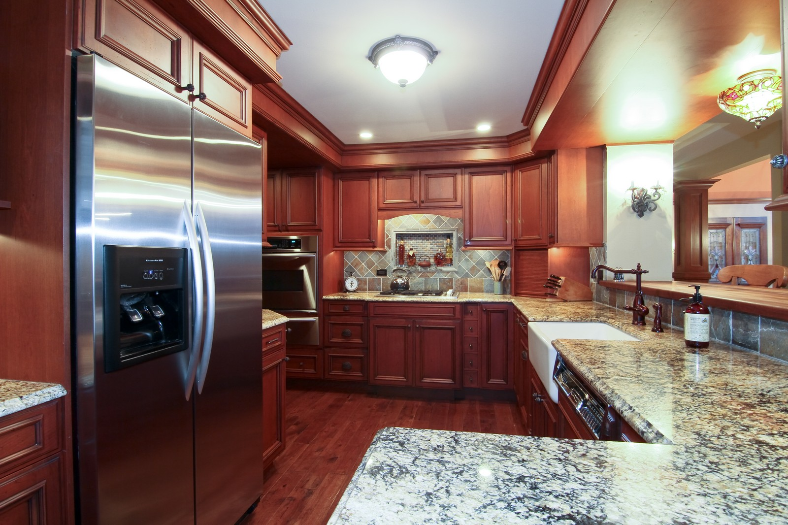 Real Estate Photography - 1160 Mistwood Ln, Downers Grove, IL, 60515 - Kitchen