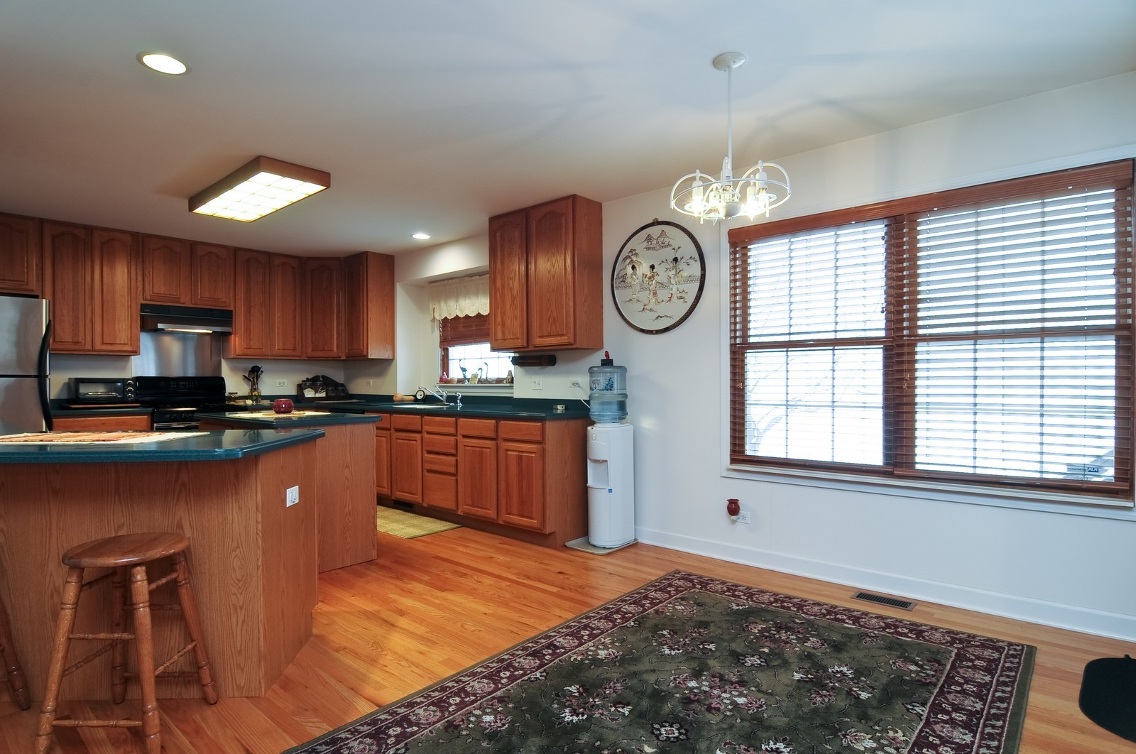 Real Estate Photography - 35100 N Shoreline Dr, Ingleside, IL, 60041 - Kitchen / Breakfast Room