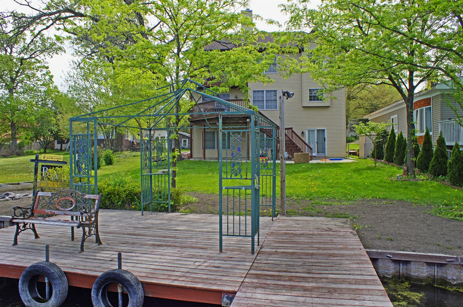 Real Estate Photography - 35100 N Shoreline Dr, Ingleside, IL, 60041 -