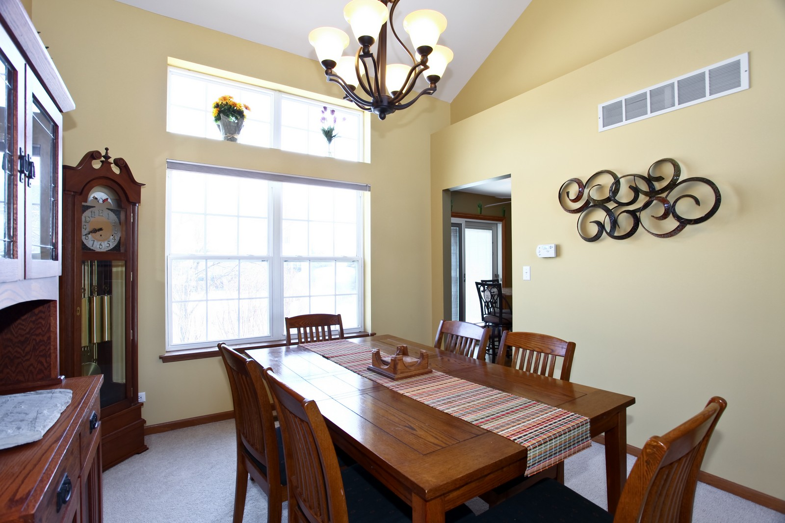 Real Estate Photography - 1383 Newcastle Lane, Bartlett, IL, 60103 - Dining Room