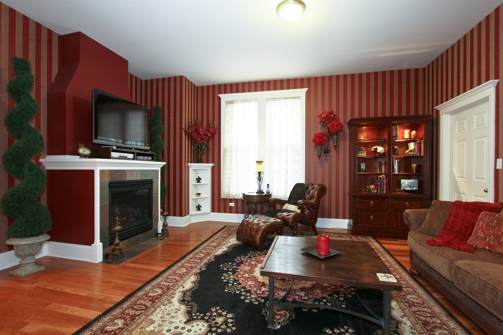 Real Estate Photography - 18213 Martin Ave, Homewood, IL, 60430 - Family Room
