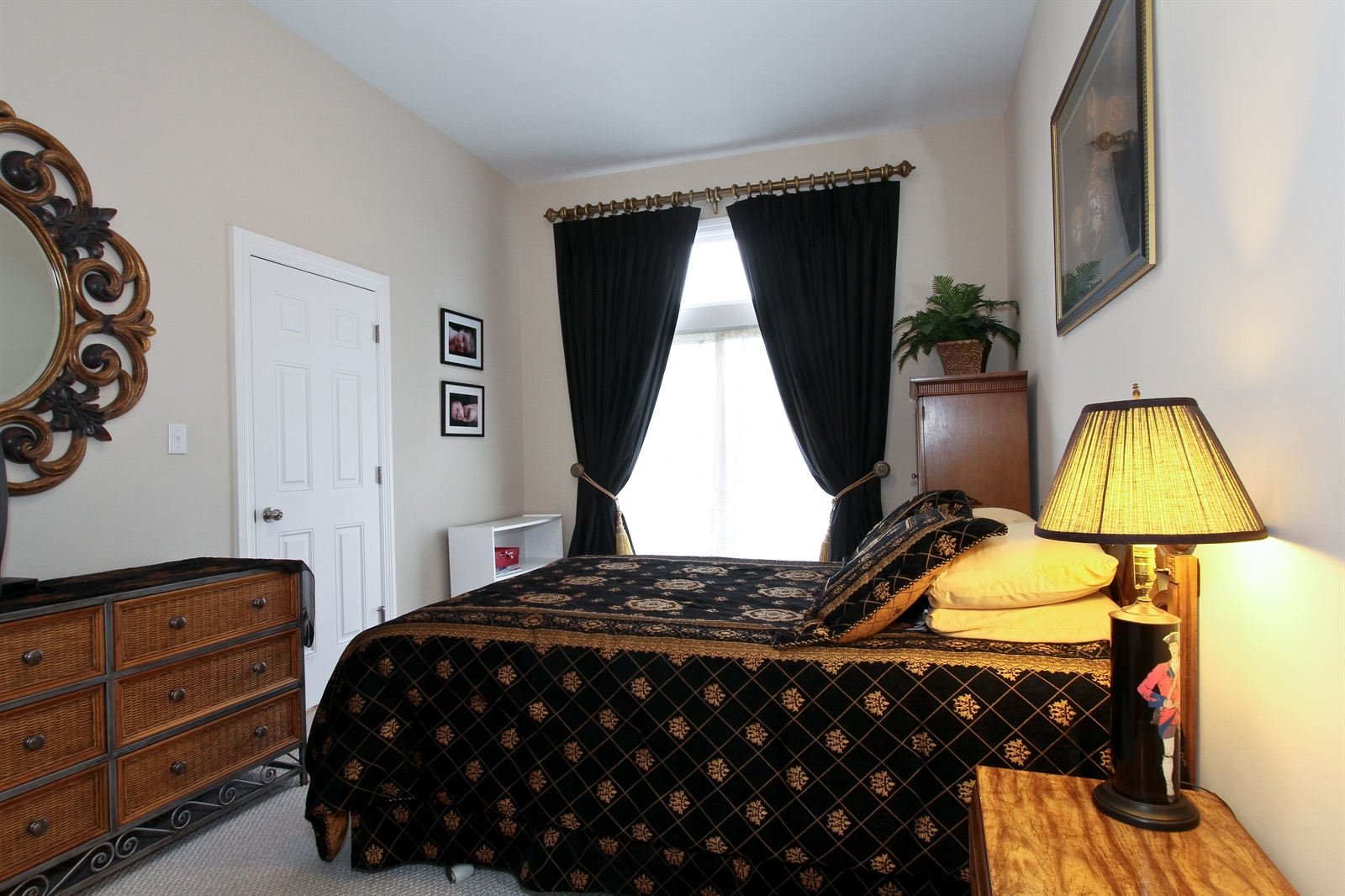 Real Estate Photography - 18213 Martin Ave, Homewood, IL, 60430 - 1st Floor Guest Bedroom