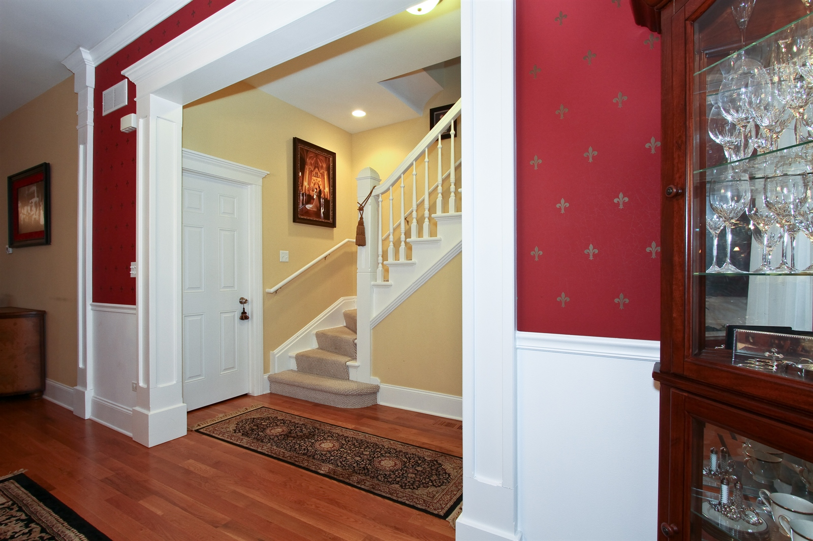 Real Estate Photography - 18213 Martin Ave, Homewood, IL, 60430 - Foyer