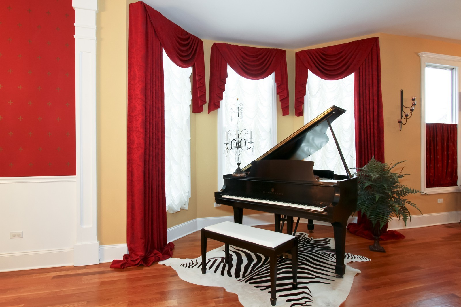 Real Estate Photography - 18213 Martin Ave, Homewood, IL, 60430 - Music Room