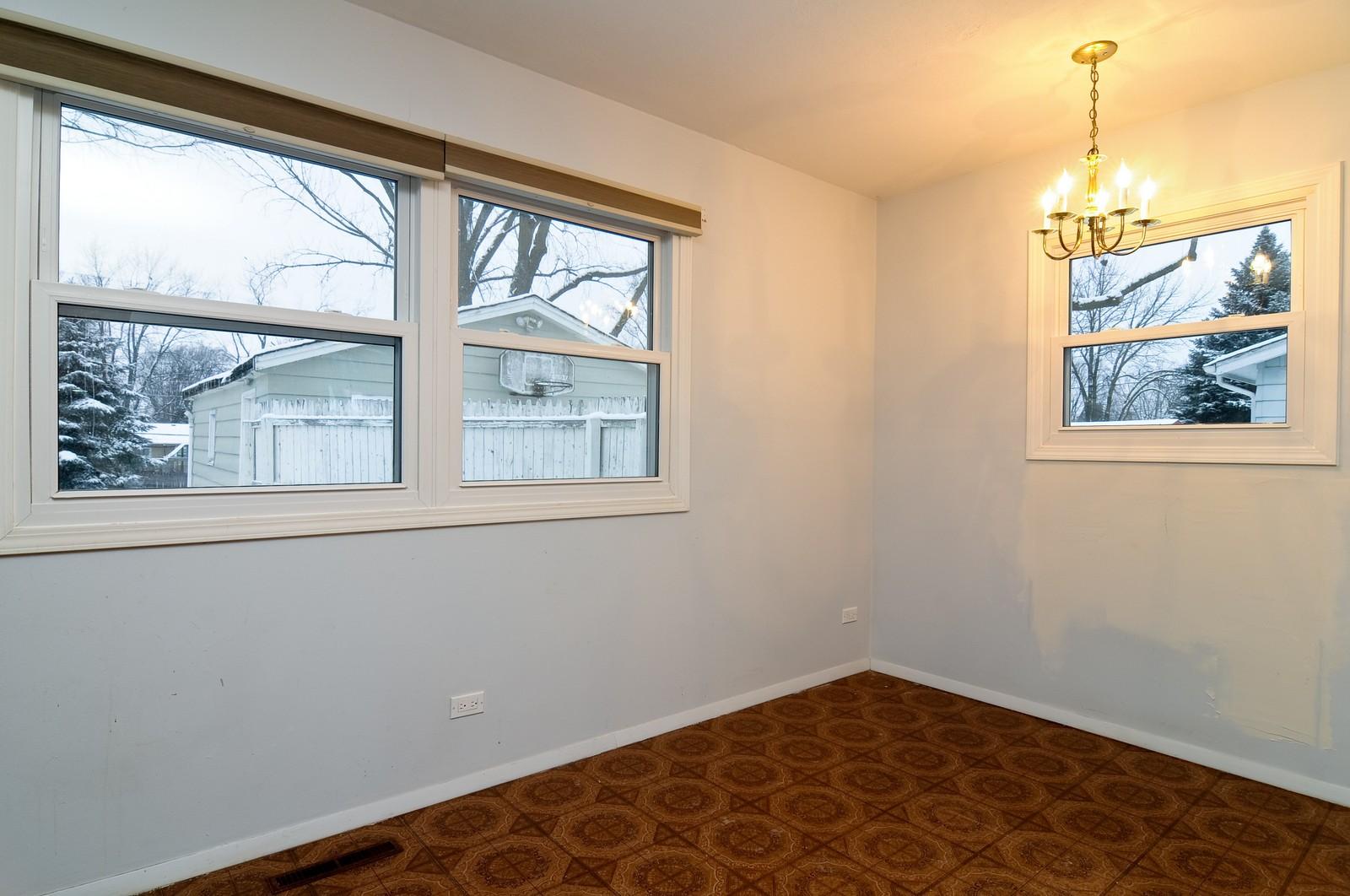 Real Estate Photography - 18648 W Pamela Pl, Gurnee, IL, 60031 - Dining Room