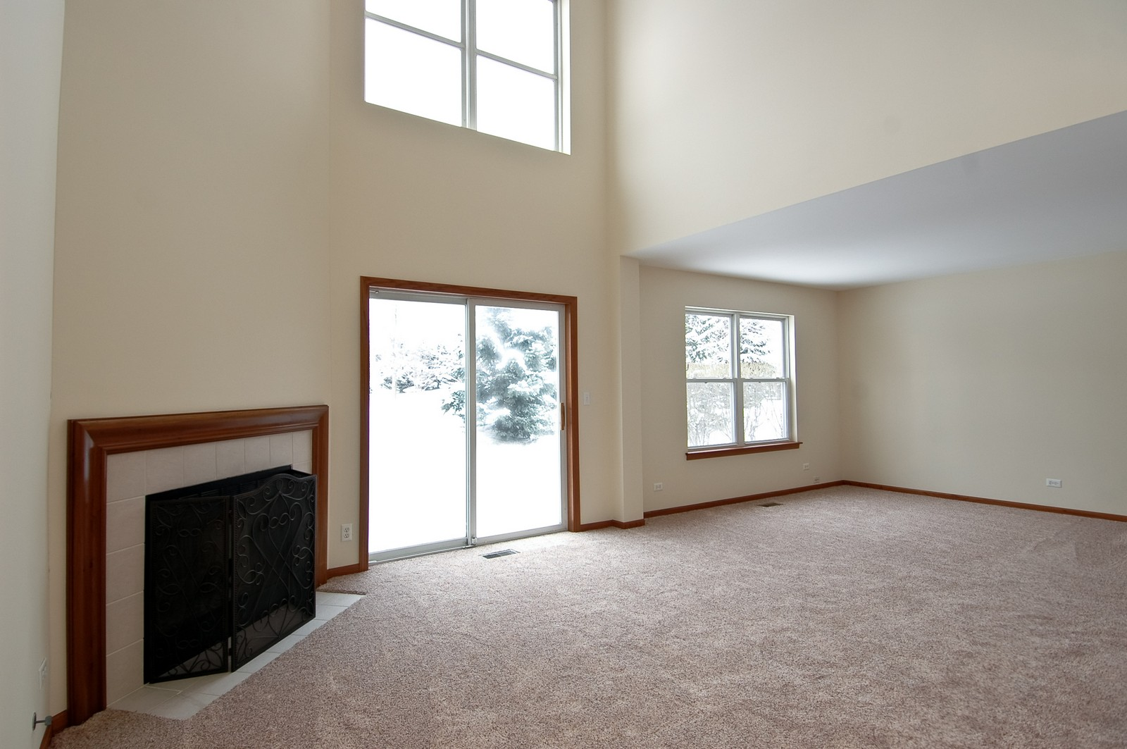Real Estate Photography - 3220 Renard Lane, Saint Charles, IL, 60175 - Living Room