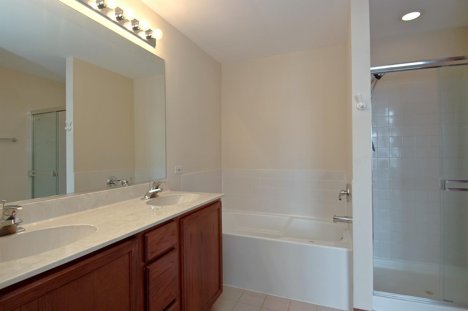 Real Estate Photography - 3220 Renard Lane, Saint Charles, IL, 60175 - Master Bathroom